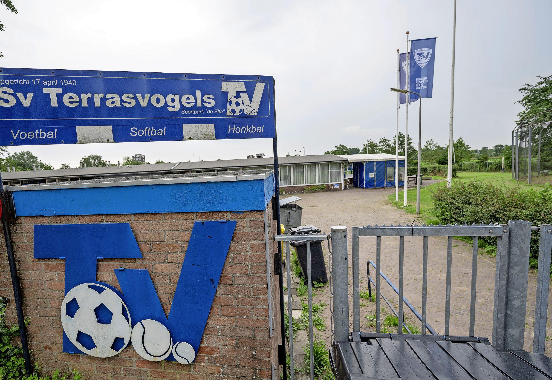 Camping bij SV Terrasvogels in Santpoort-Zuid tijdens de Grand Prix: 'Ik denk wel dat het een bezienswaardigheid is'