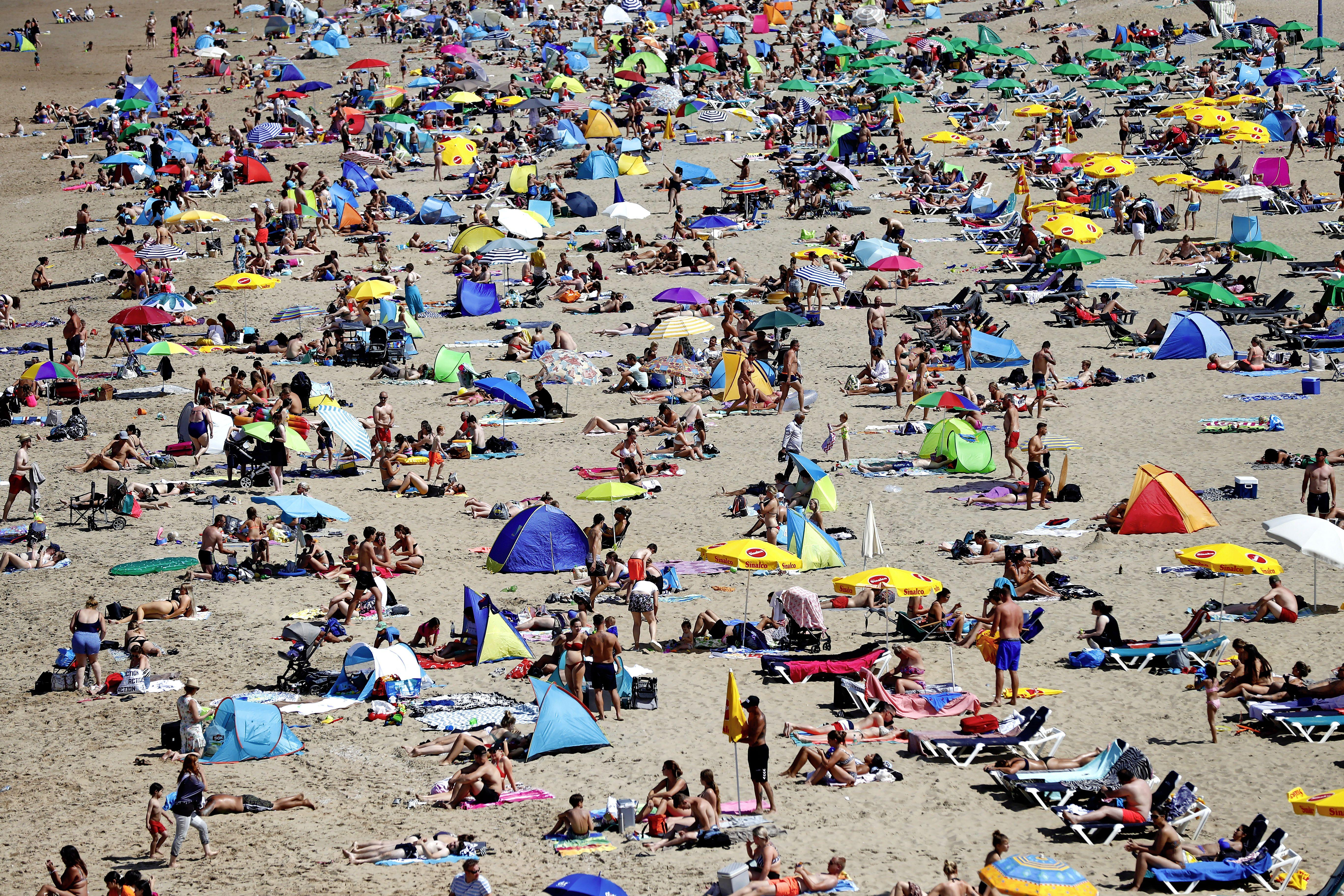 Irritaties over treiterjeugd op het Zandvoortse strand laaien weer op. 'Maar mensen melden overlast vaak niet'