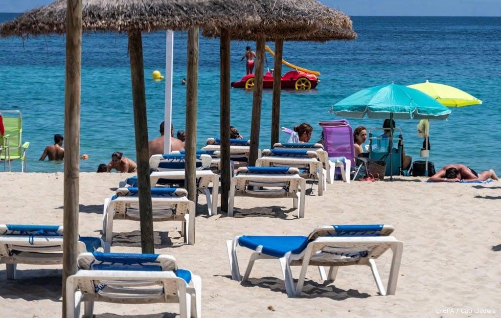 Vakantiegangers weer welkom op Spaanse eilanden