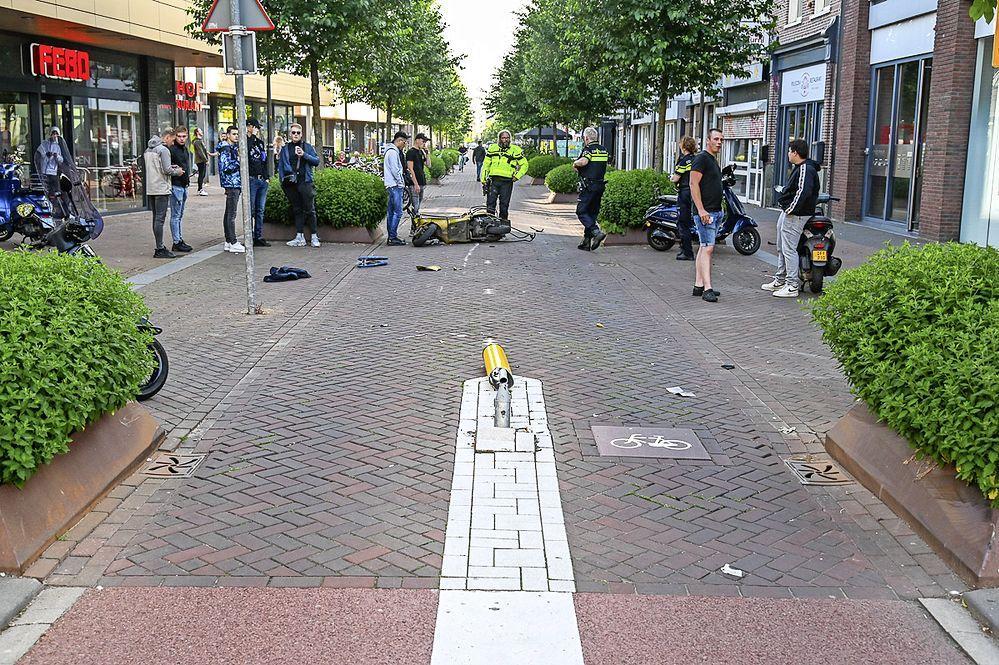 Tweede ongeluk binnen een week op kruising Peperstraat in Beverwijk
