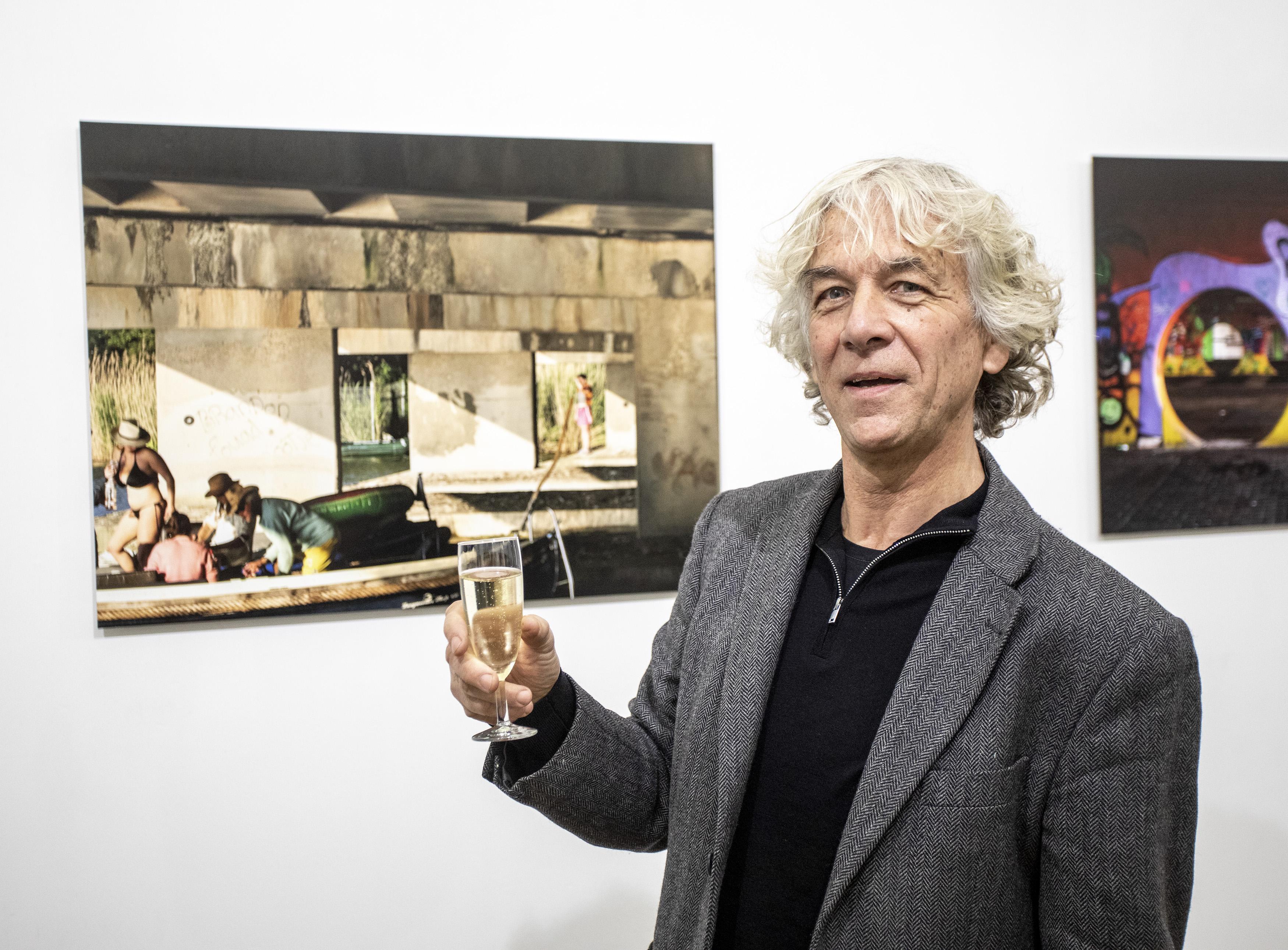 Peter Erkelens wint fotowedstrijd 'Ongezien Haarlem' met zonnig vaar-tafereel: 'Prachtig, prikkelend lichtspel'