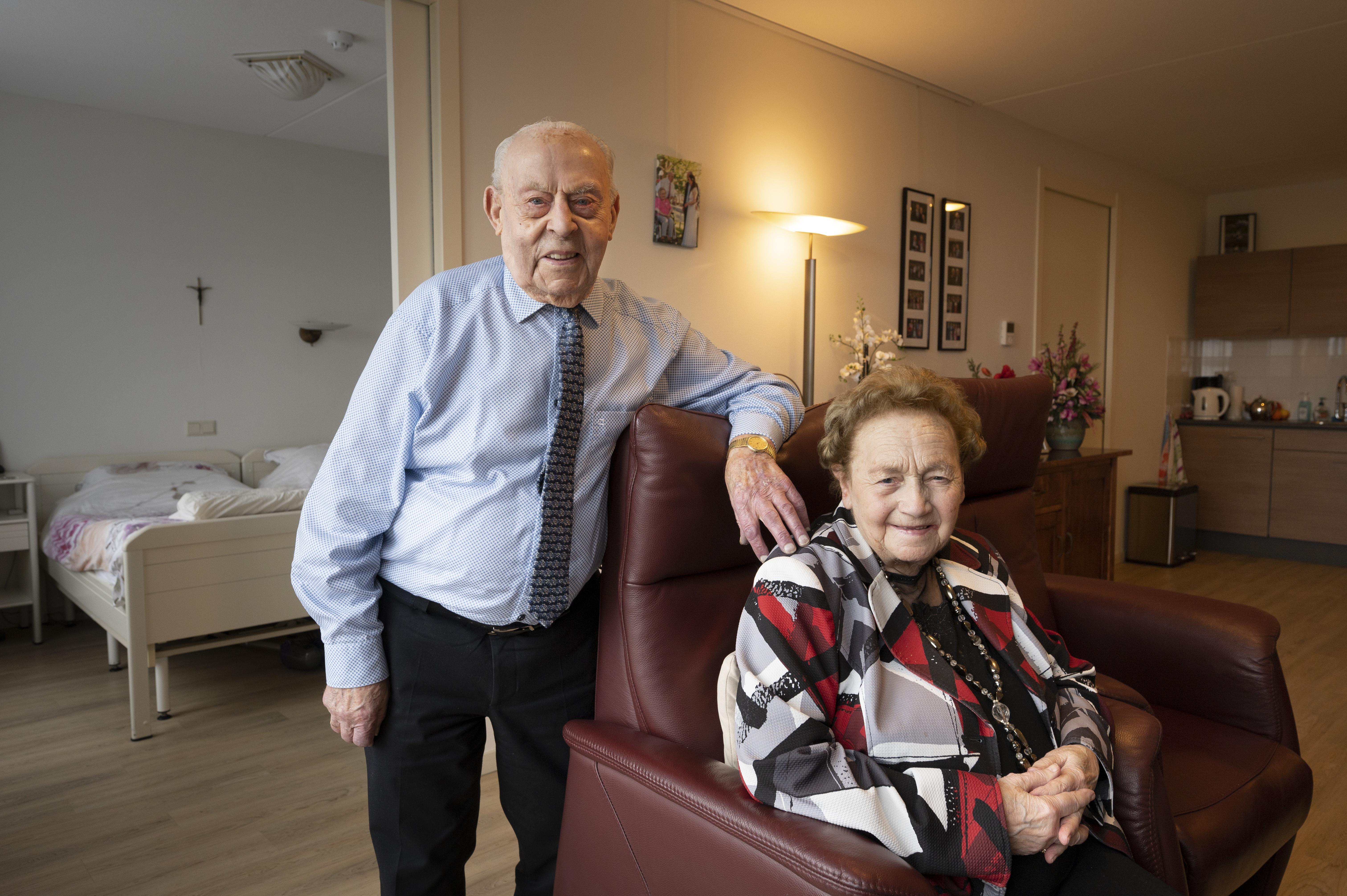 Veender Jan van der Zwet is 100 jaar en had al drie keer dood kunnen zijn. Maar niet van de ouderdom