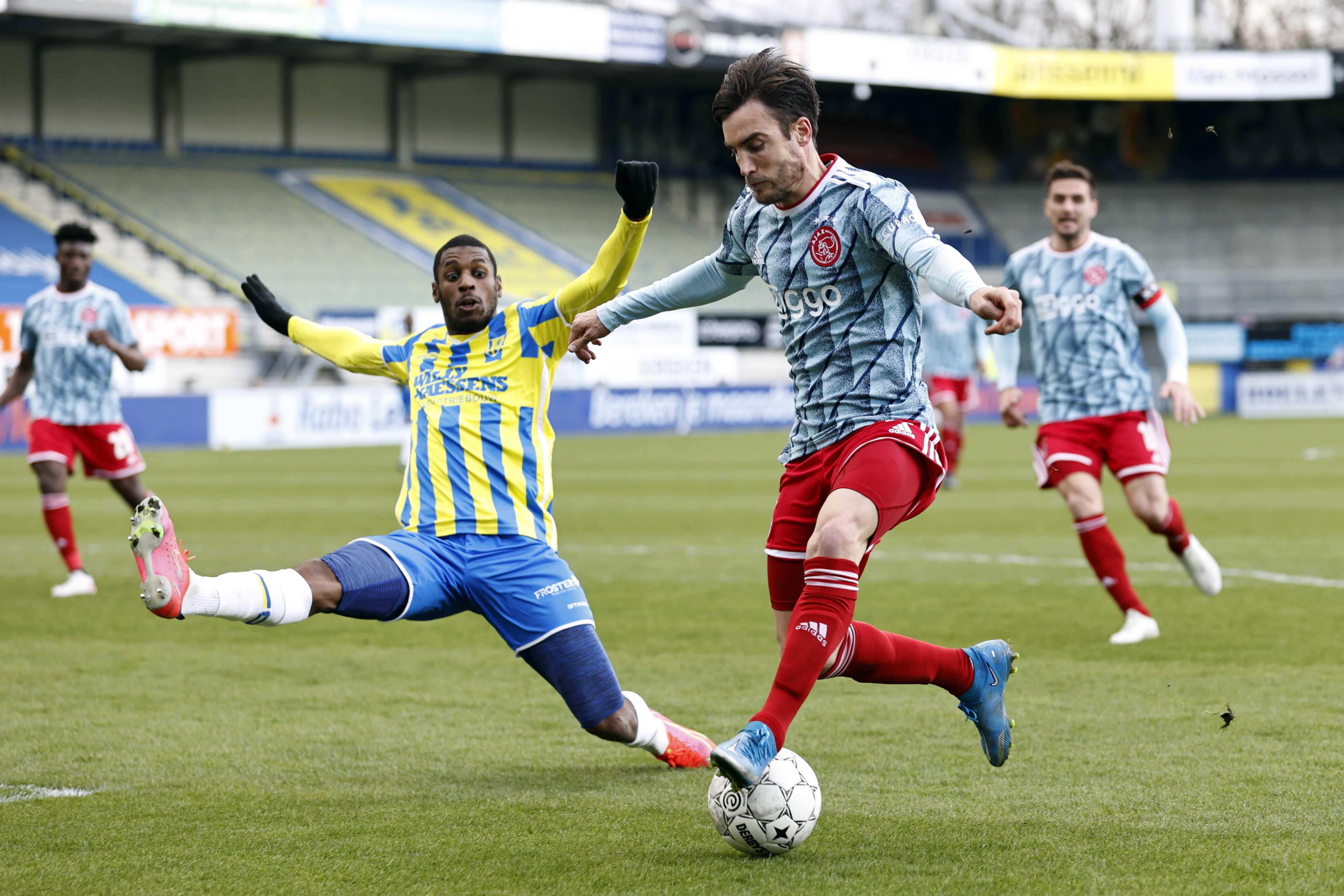 Ajax kan over twee weken kampioen worden met een dikke knipoog naar Johan Cruijff [video]