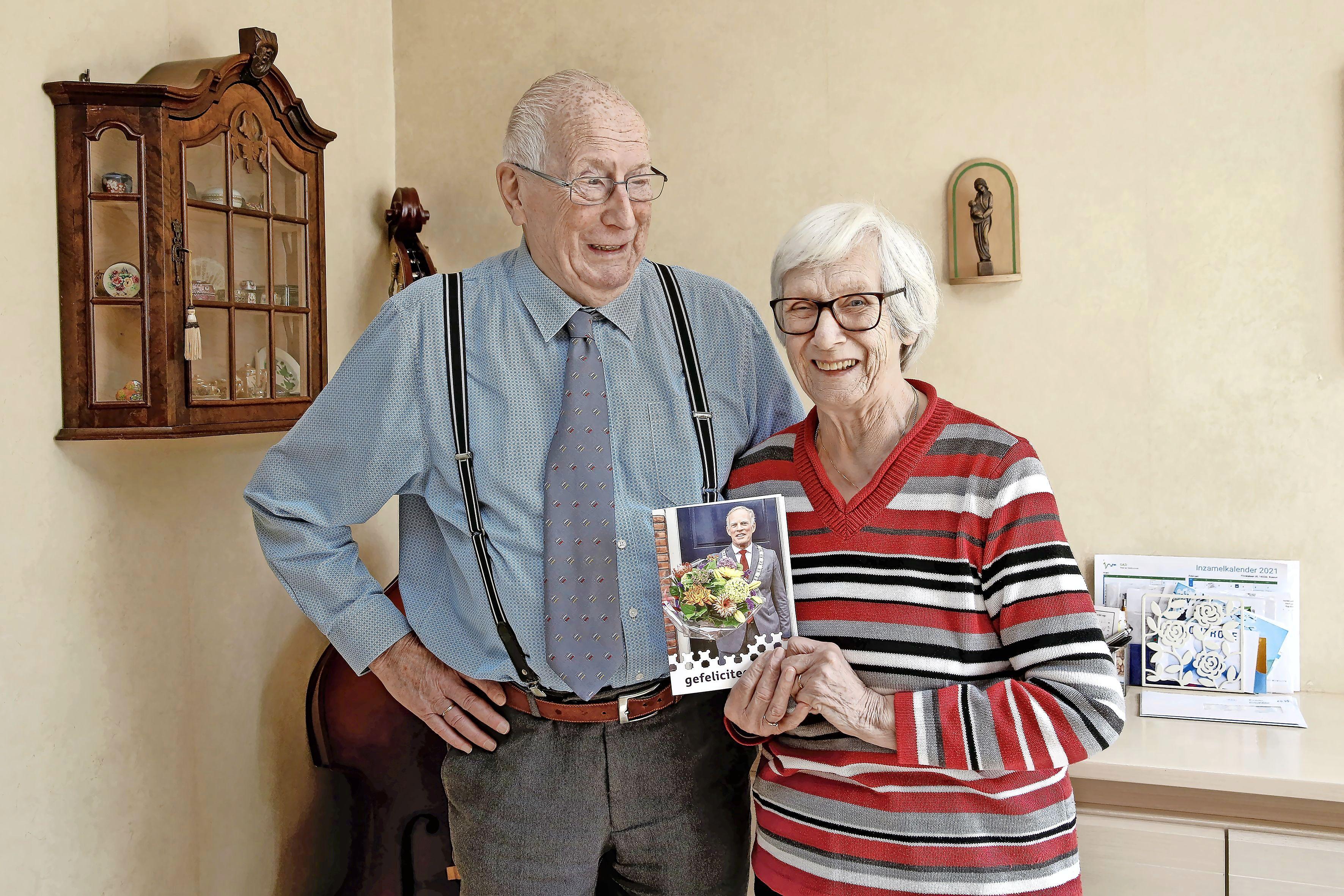 Thea (83) en Herman (87) Blaas uit Bussum zijn al zestig jaar aan elkaar verknocht: 'Zij is mijn lief, we zijn uit één stuk. Hopelijk blijft dat nog lang zo'