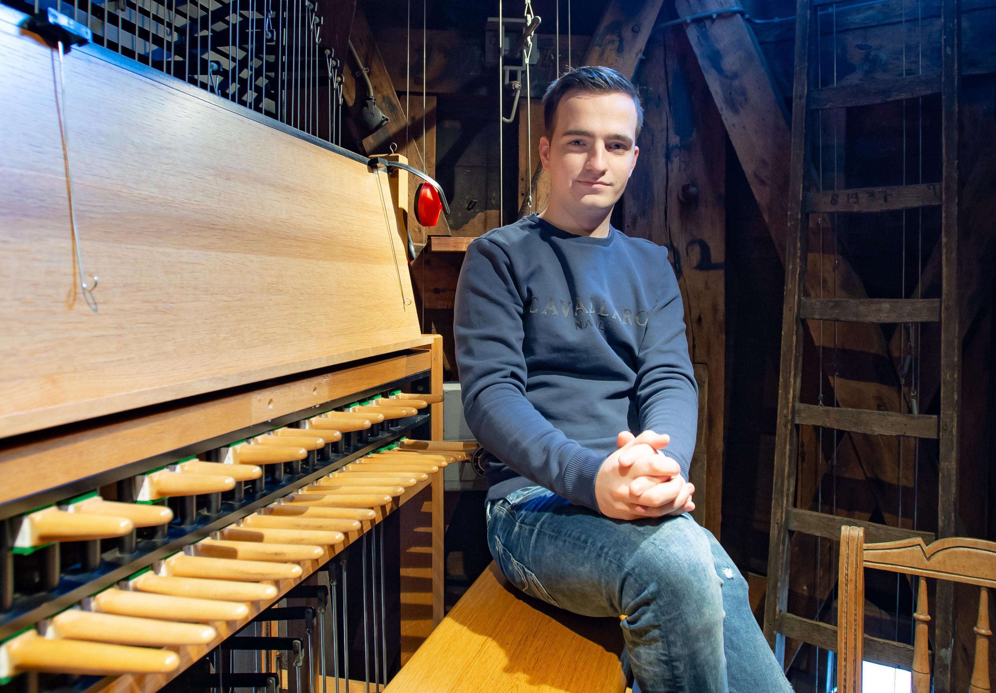 Chardy van Riel - jongste beiaardier van Nederland - klinkt als een klok