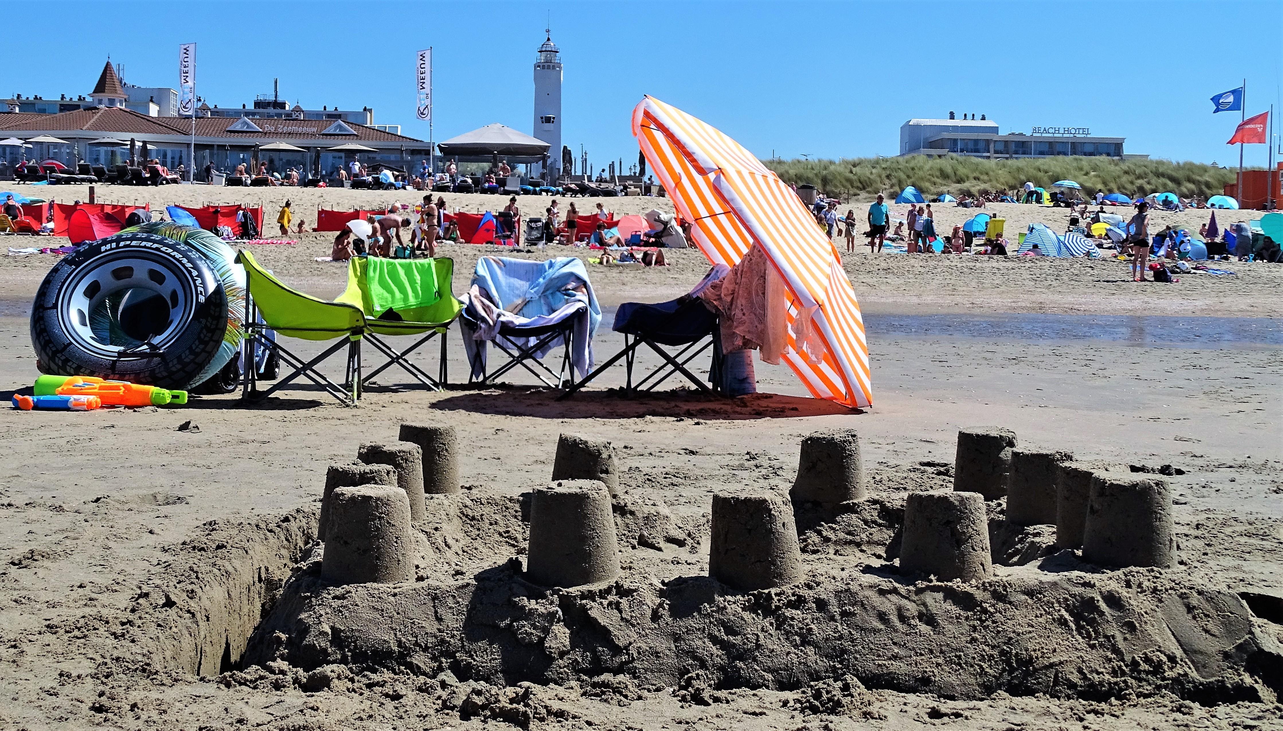 Puur stelt negatieve effecten massaal strandbezoek Noordwijk aan de kaak