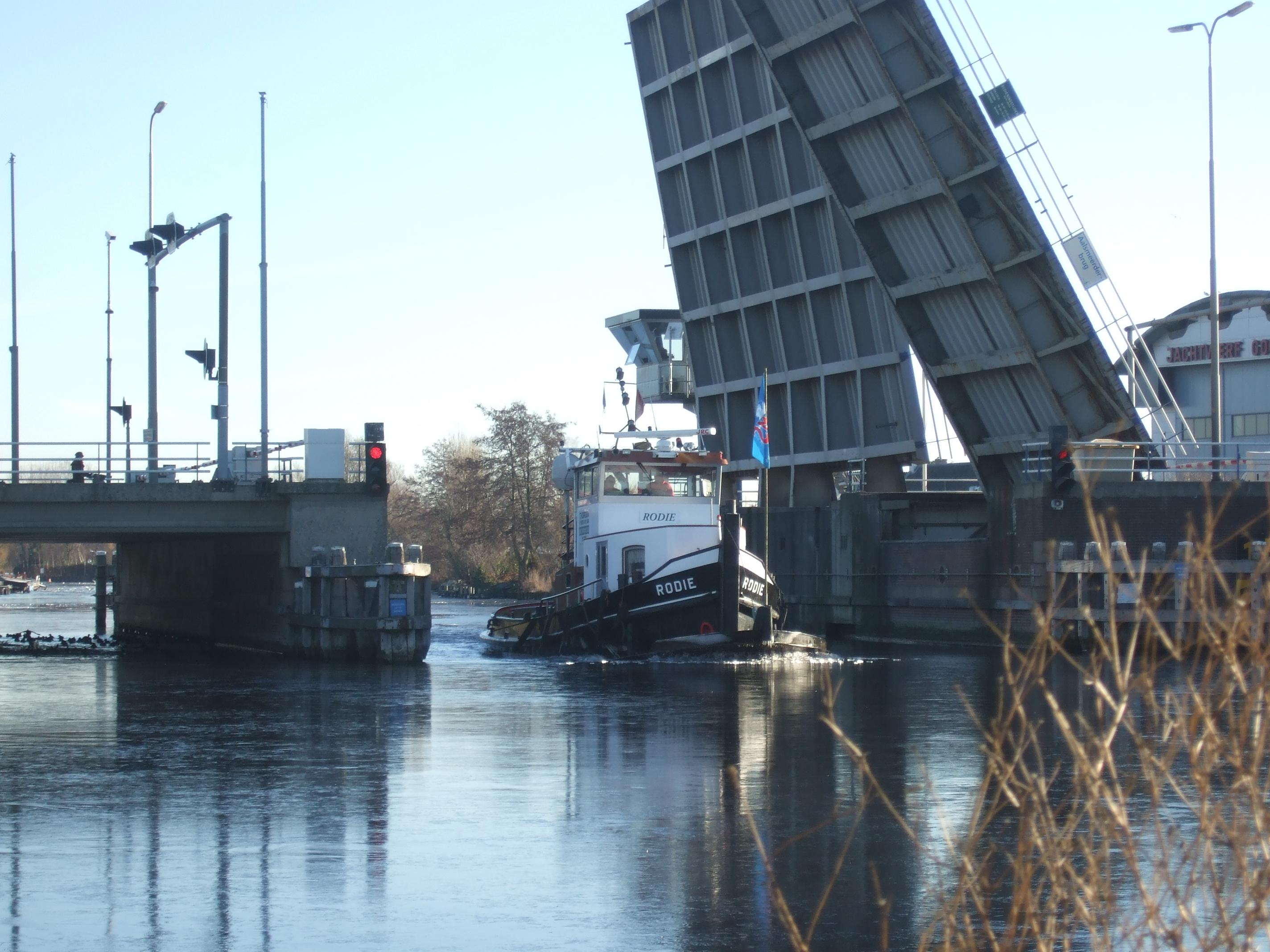 Tekort aan brugwachters nog niet opgelost. Houd rekening met vertraging bij bruggen en sluizen in Noord-Holland