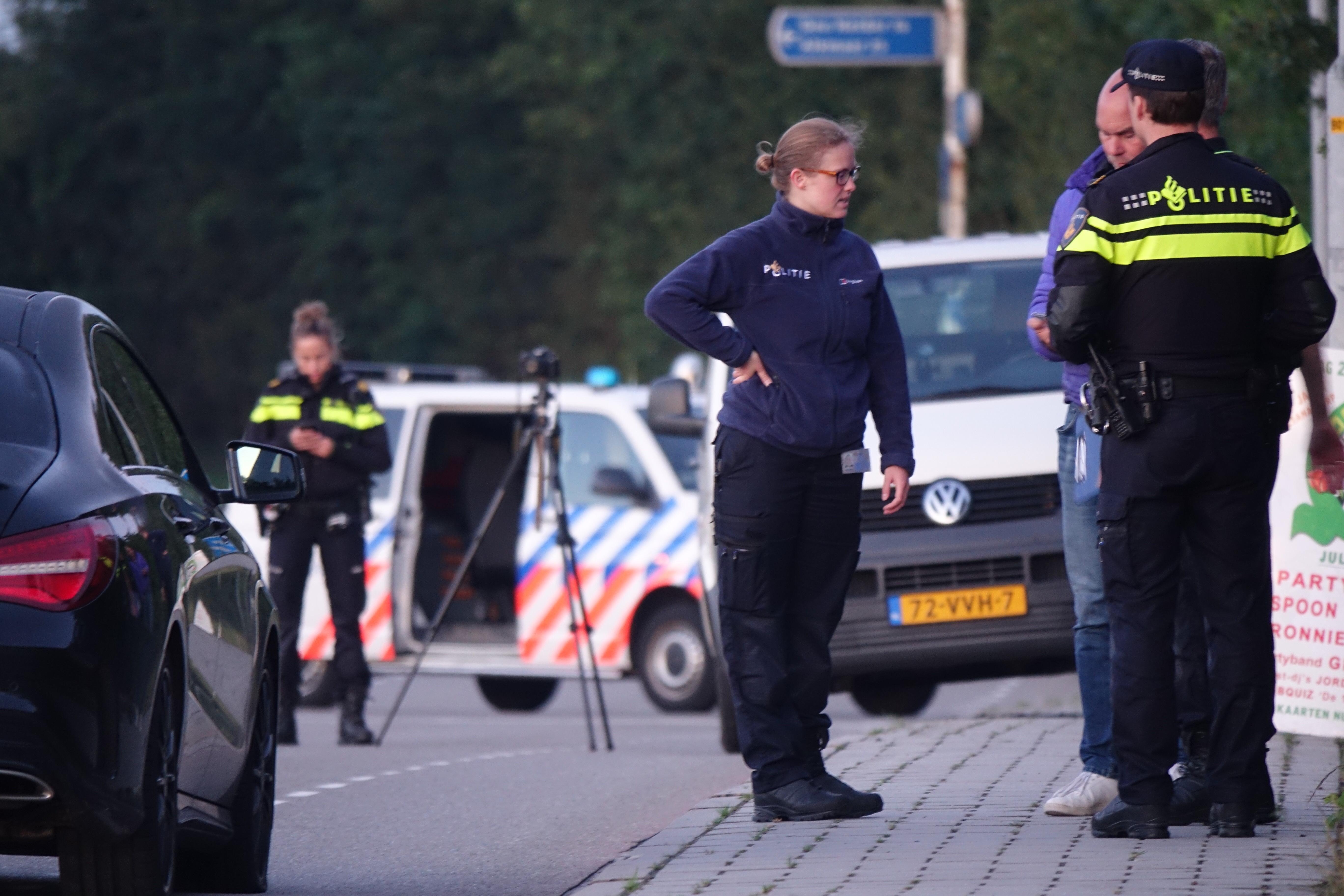 Auto Alkmaarder beschoten in 't Zand