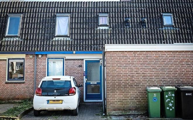 Twee verdachten van moord op Martin Griep uit Zwaag blijven vast; 'Echtgenote fietste op dag van moord vermomd naar woning Griep'