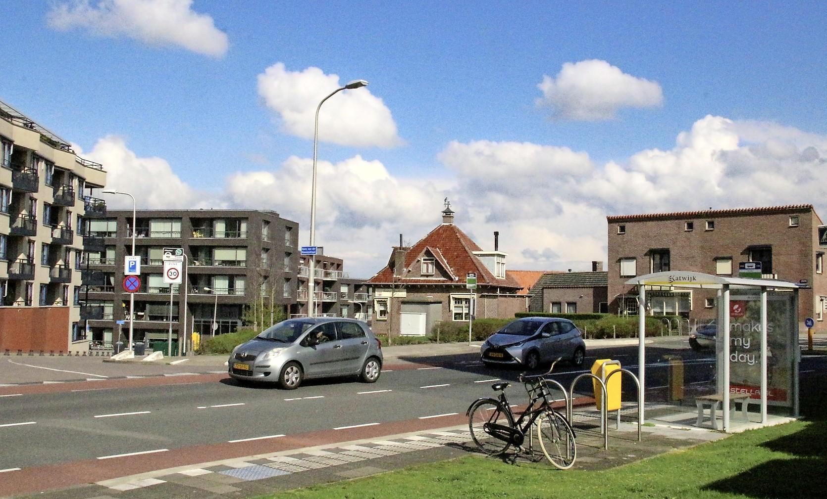 Raad van State is het eens met gemeente Katwijk: in parkeergarages Tramstraat is plaats genoeg