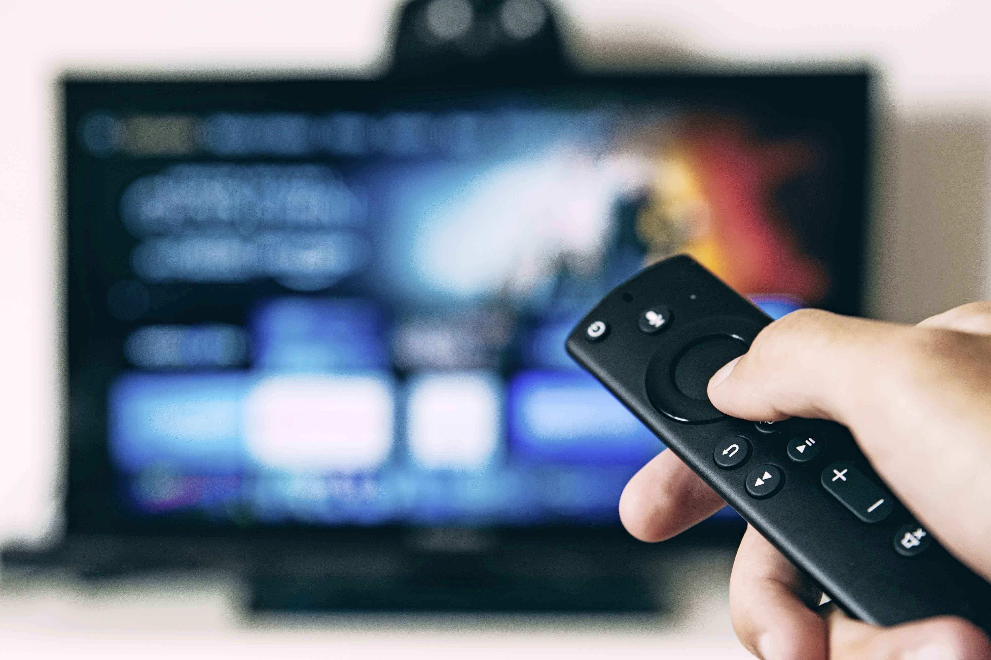 Sportzomer stuwt televisieverkoop letterlijk en figuurlijk naar grote hoogte. 'Er mag een inchje bij van de consument'