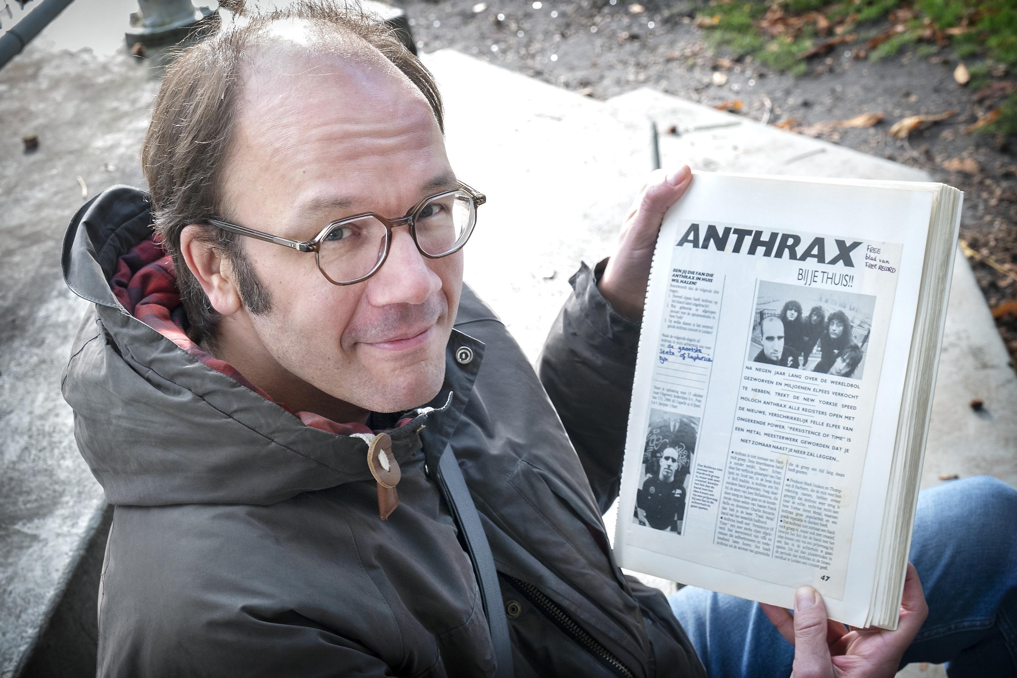 Wereldberoemde heavy metal-band Anthrax zette dertig jaar geleden de wijk Bornholm in Hoofddorp op stelten. Stefan Koer blikt terug: 'Dat is toch iets heel unieks geweest' [video]