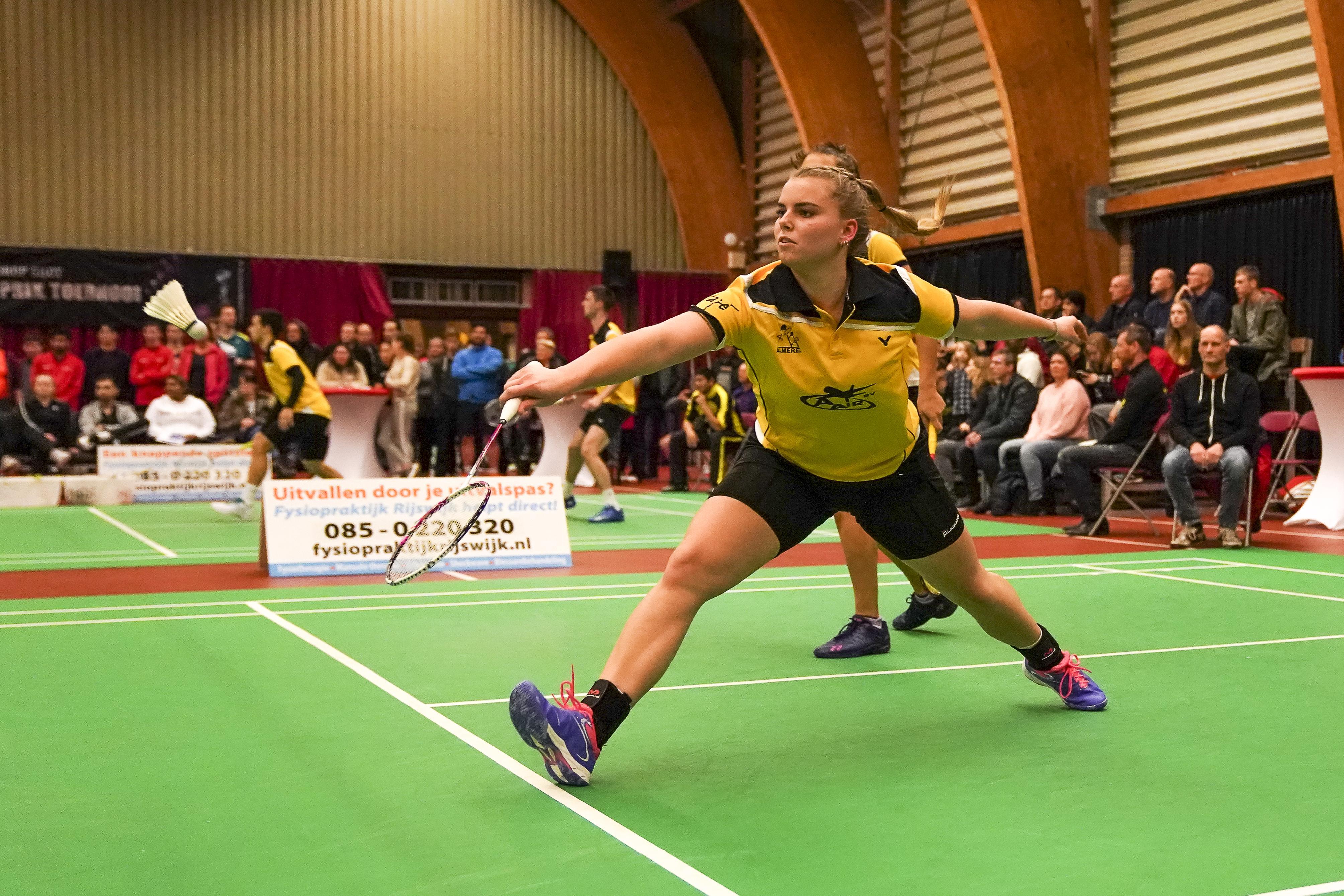 'Vier keer scheepsrecht'; Tamara van der Hoeven én haar club BV Almere 'eindelijk' landskampioen badminton