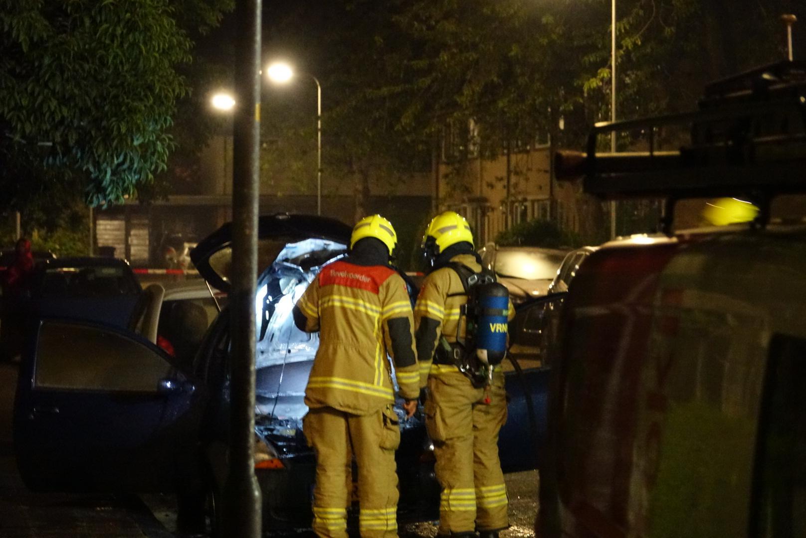 Auto brandt uit in Bovenkarspel