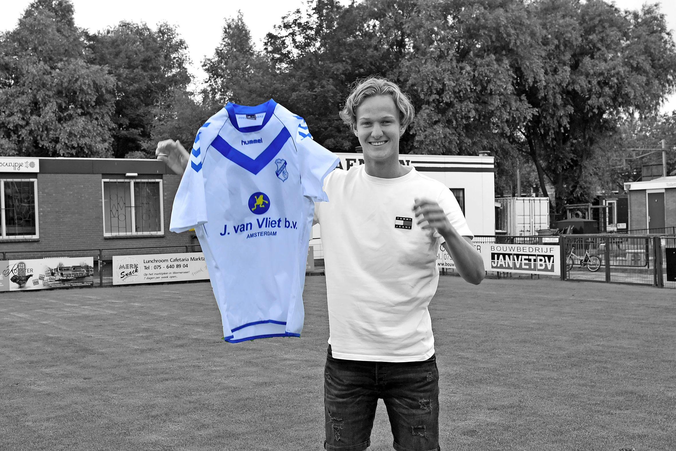 Dani Beukman is pas 20 jaar, maar zet als voetballer nu al een stap terug om zijn droom als trainer na te jagen