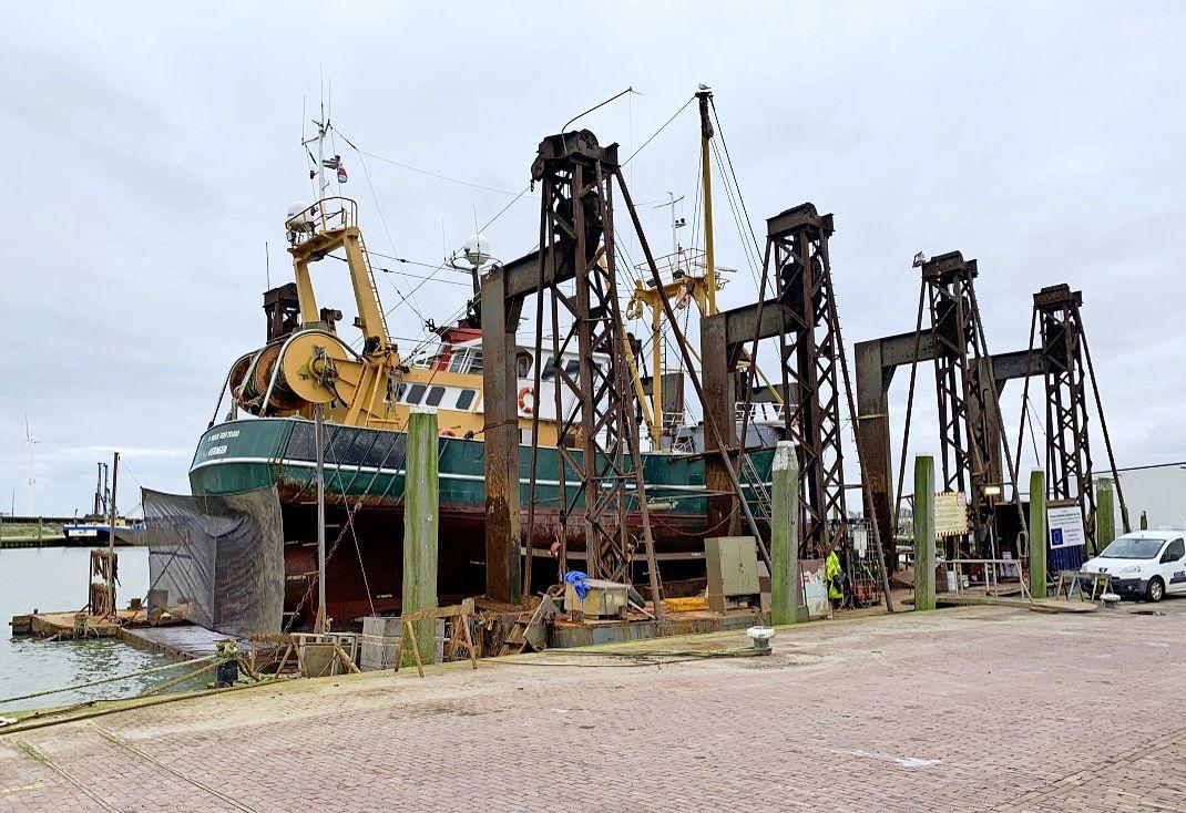 Situatie voor scheepsbouwbedrijven die nu geen Engelse schepen mogen onderhouden 'iets hoopvoller'