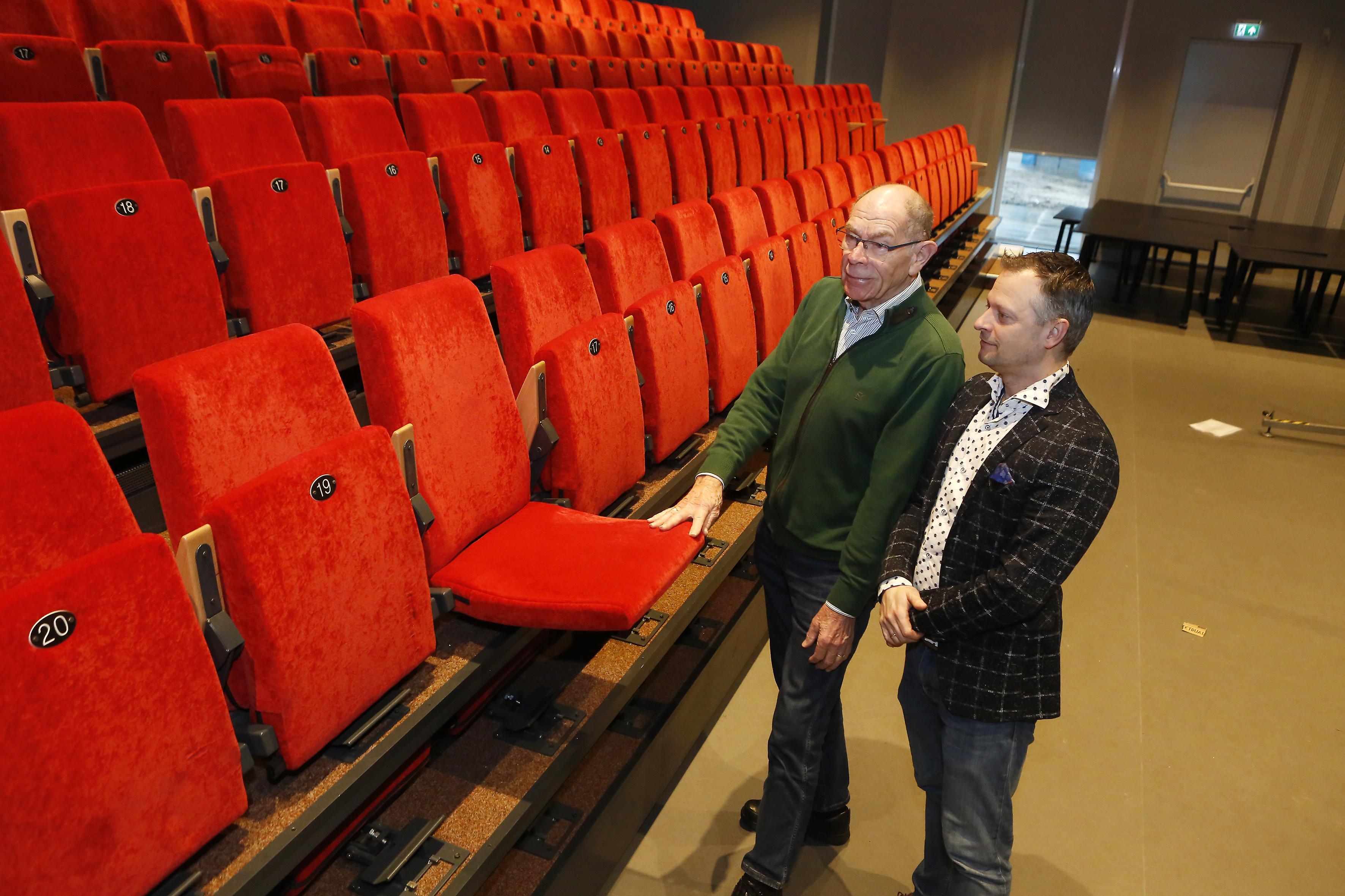 Theater de Speeldoos in Baarn en Huis van Eemnes mogen meer dan dertig bezoekers blijven ontvangen; Ontheffingen voor culturele instellingen in Gooi en Vechtstreek nog niet bekend
