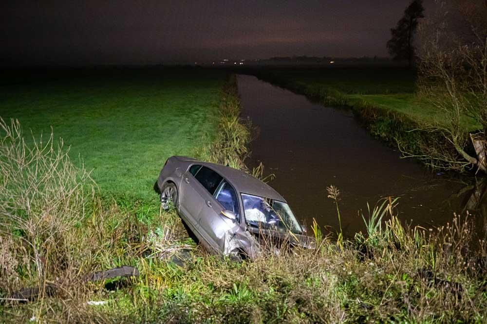 Trucker ontdekt gecrashte auto langs A1 bij Baarn, beschonken bestuurder aangehouden