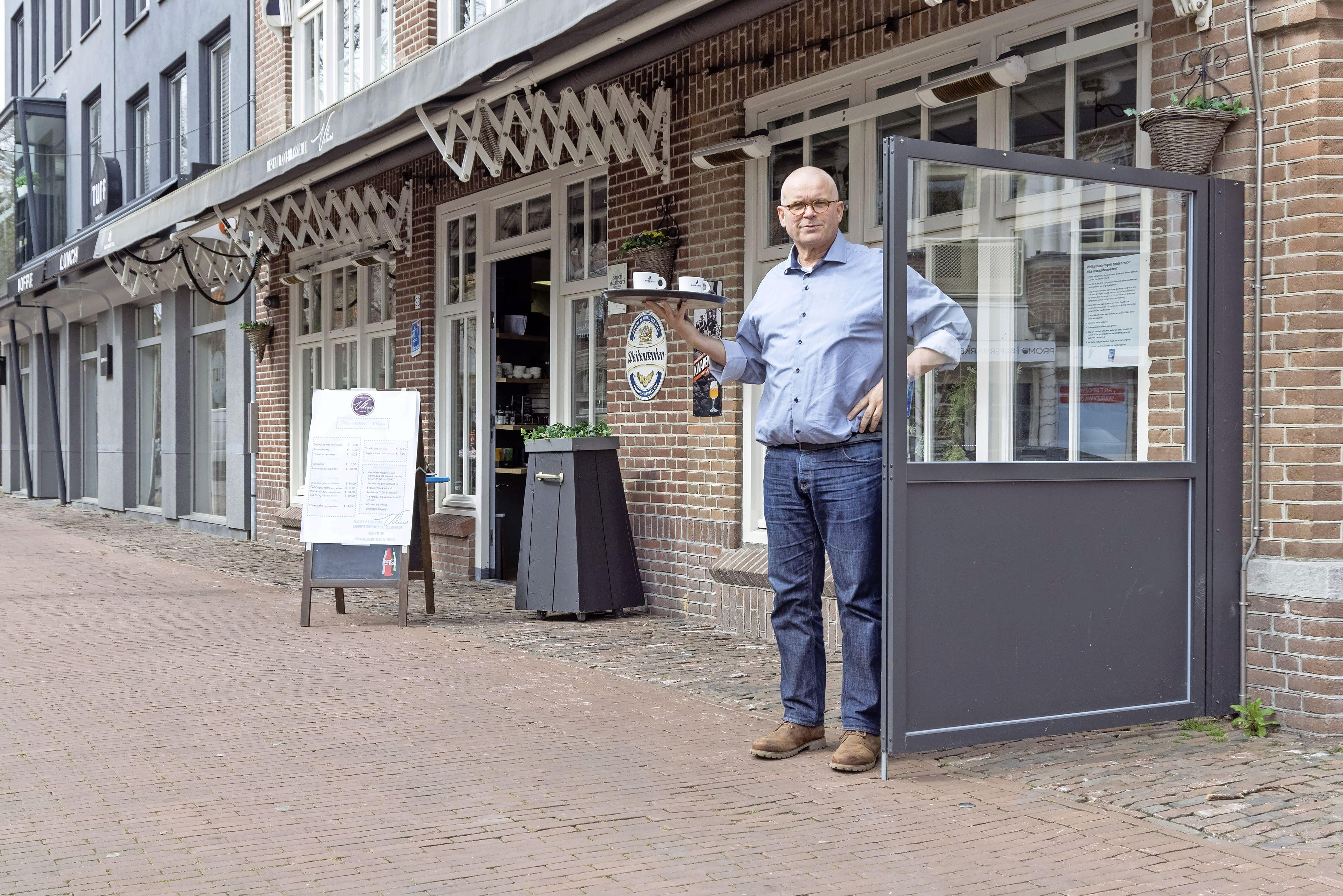 West-Friese ondernemers bereiden zich voorzichtig voor op heropening terrassen: 'Eerst zien, dan geloven'