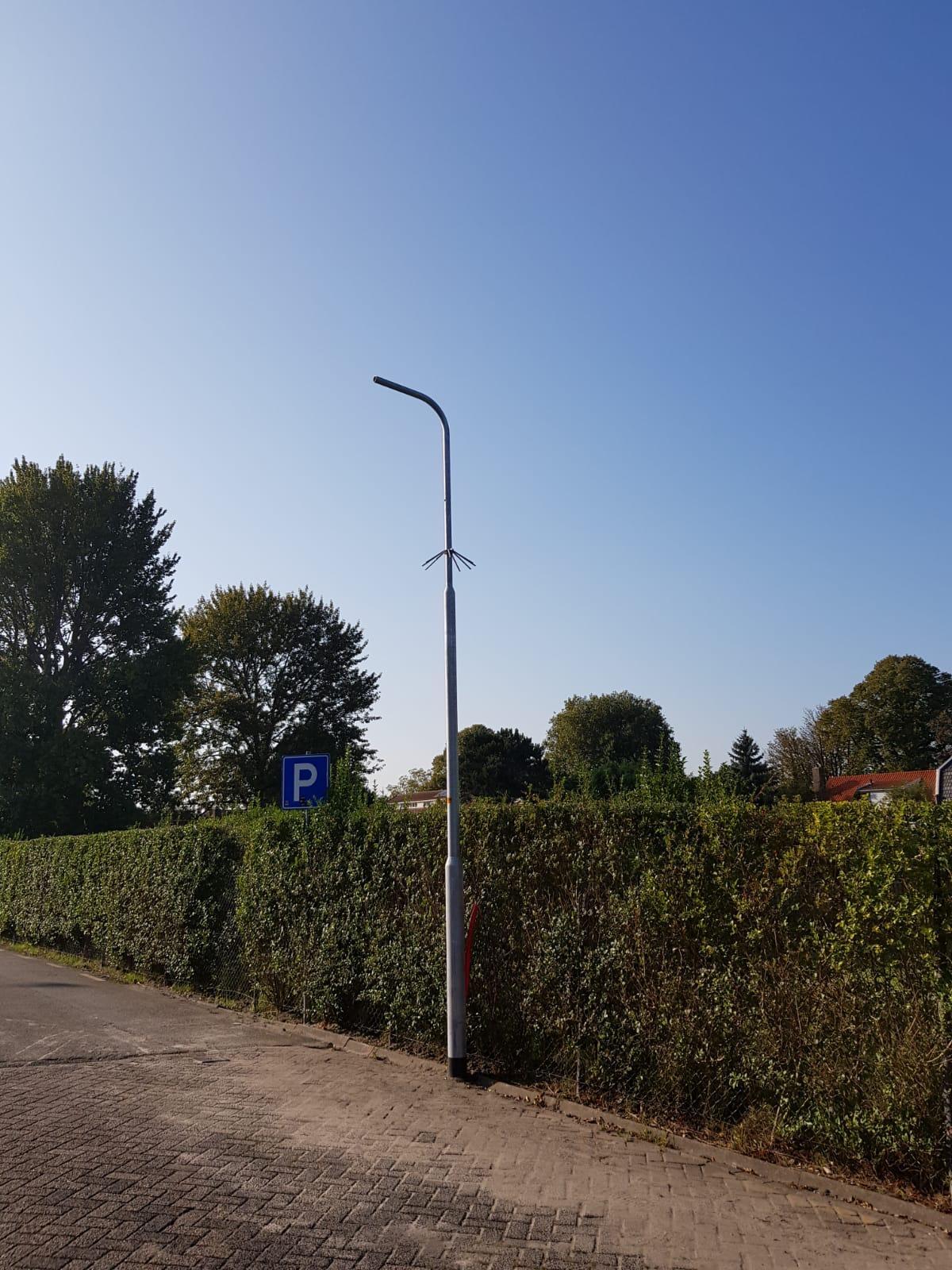 Eindelijk camerabewaking bij station Enkhuizen: fietsen en auto's veilig, aldus CDA