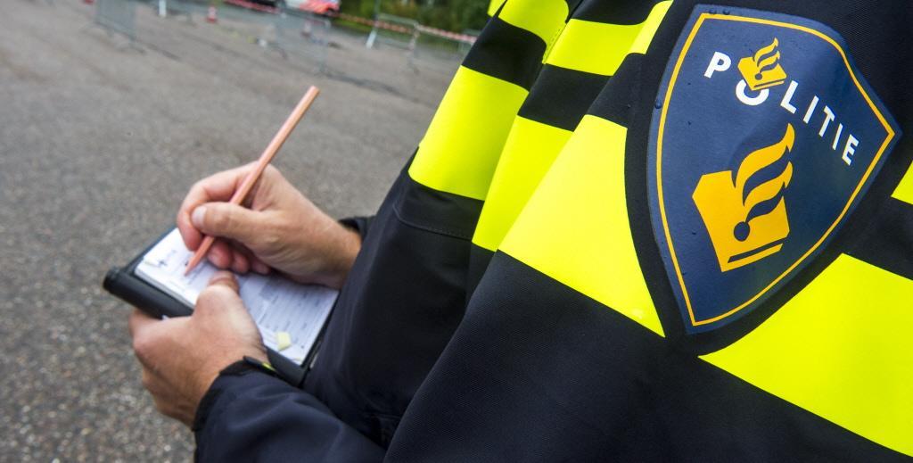 Er wordt veel te hard gereden op Schootenweg in Den Helder. Politie deelt in een week tijd 65 bekeuringen uit aan hardrijders