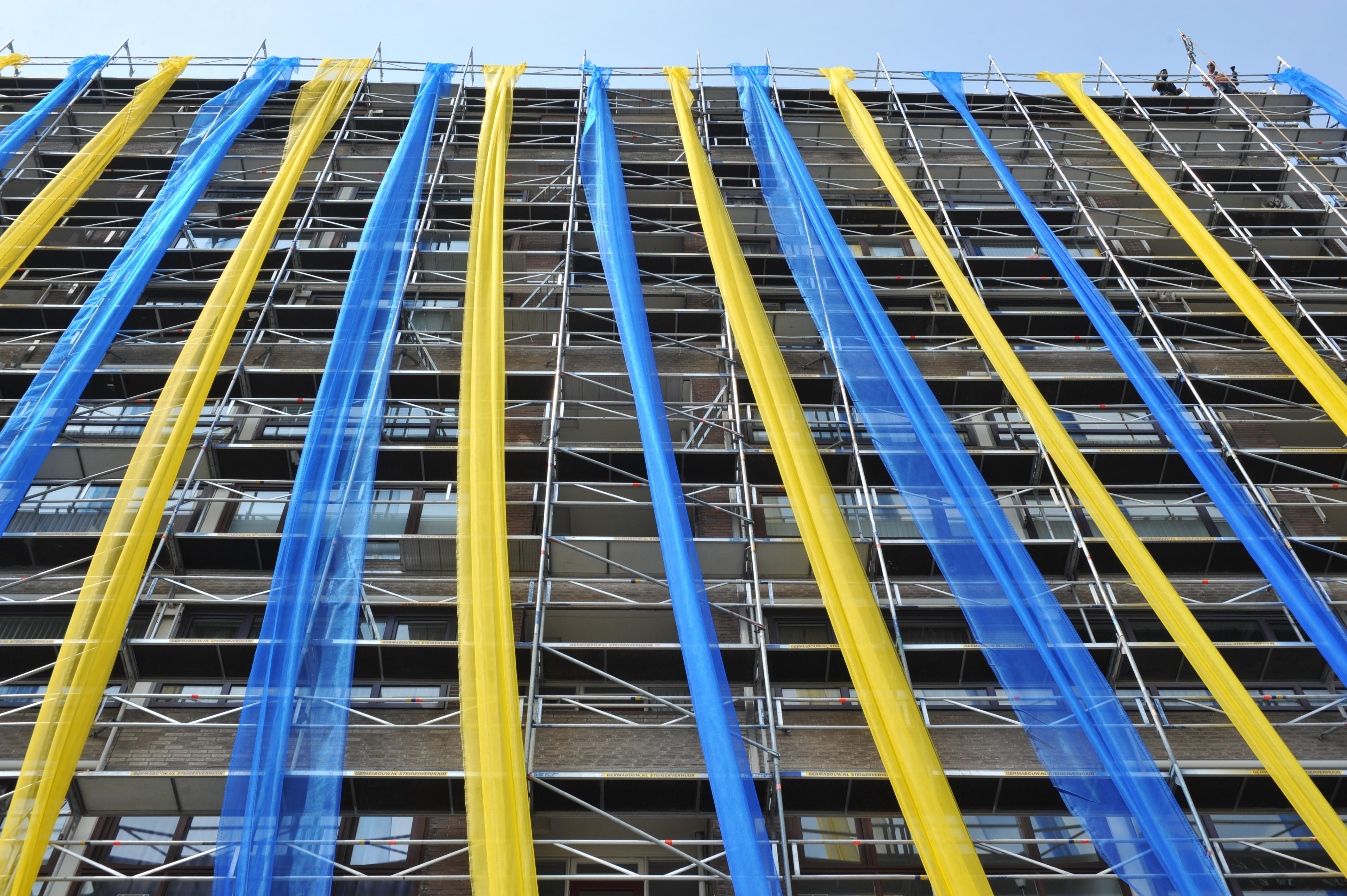 Cas Pronk gaat Beverwijkse landmark uit 1968 renoveren. 'Gordijnen blijven niet drie maanden dicht'