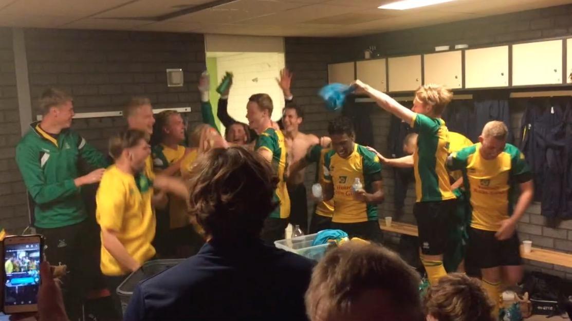 Huizen viert feest na overwinning op Zuidvogels [video]