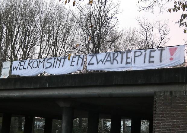 Burgemeester van Velsen hekelt Pietenprotesten: 'De toon wordt intimiderend'