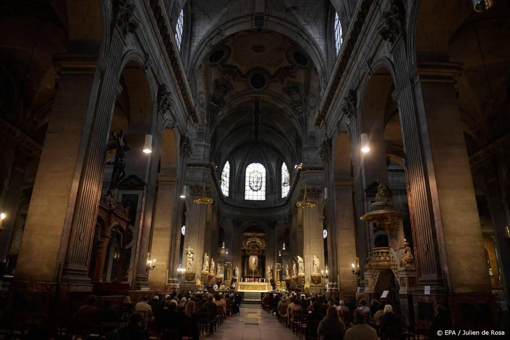 Franse hof wijst beperking tot dertig kerkgangers per dienst af