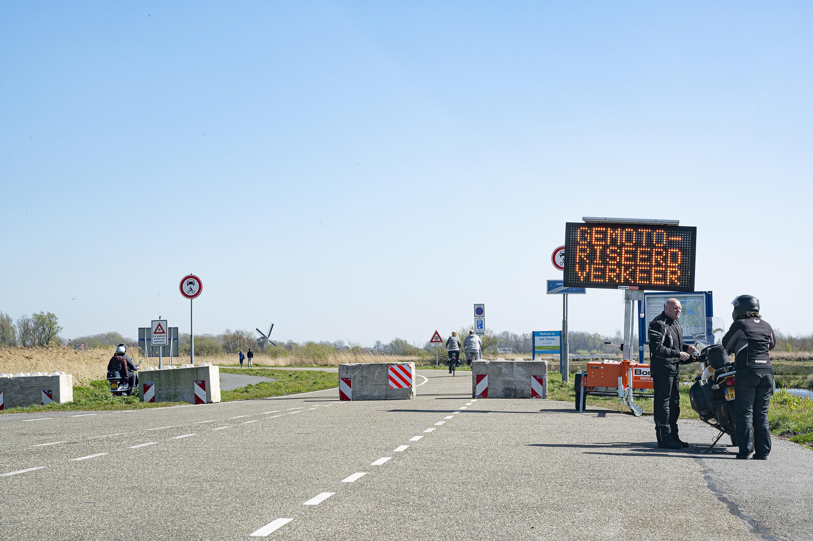 Afsluiting parkeerterreinen Twiske verlengd tot eind april
