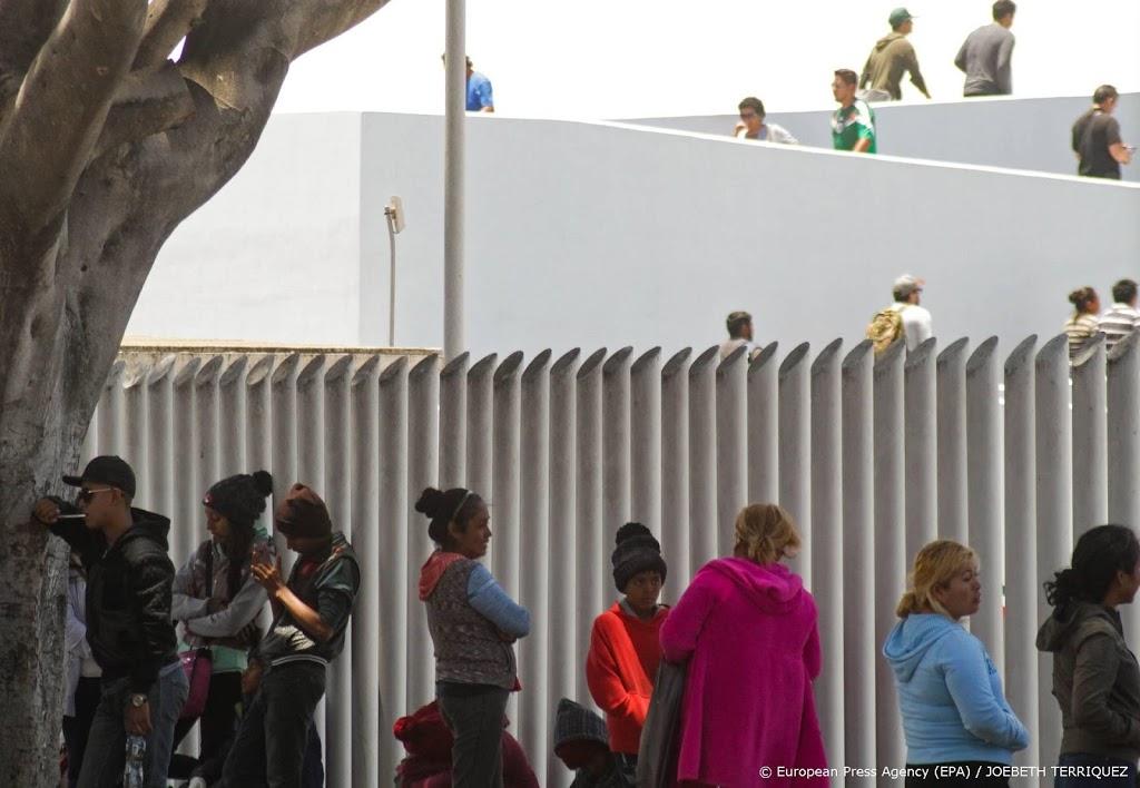 VS deporteren tientallen asielzoekers naar Mexico ondanks deal