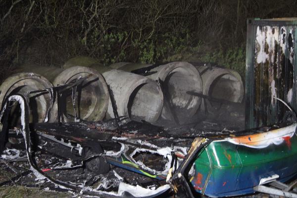 Caravan afgebrand op gemeenteterrein in Huisduinen
