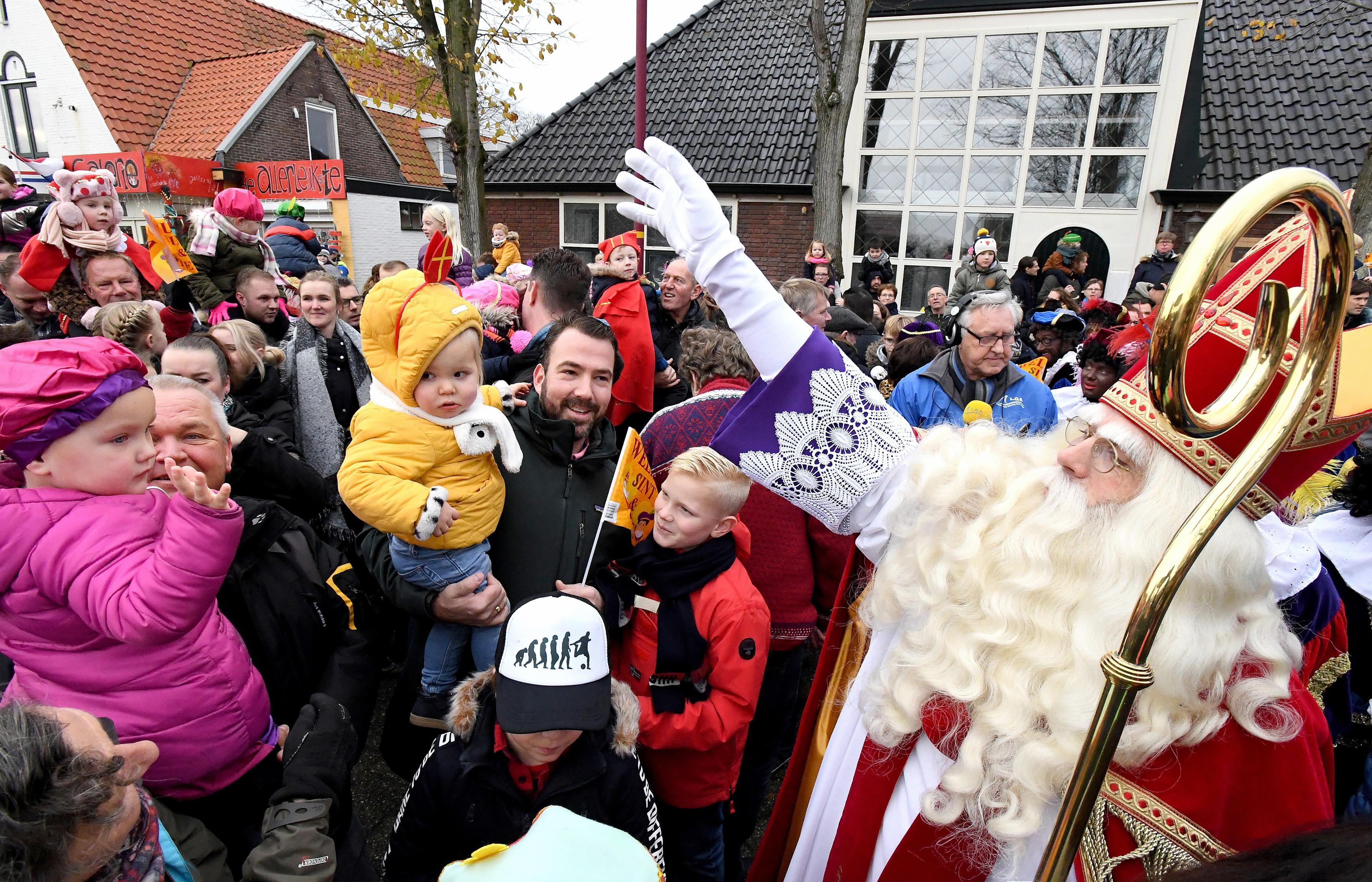 Subsidie voor de sinterklaasintocht 2021 in Den Helder, maar de gemeente wil eerst om tafel met de grijze pieten (en sint)