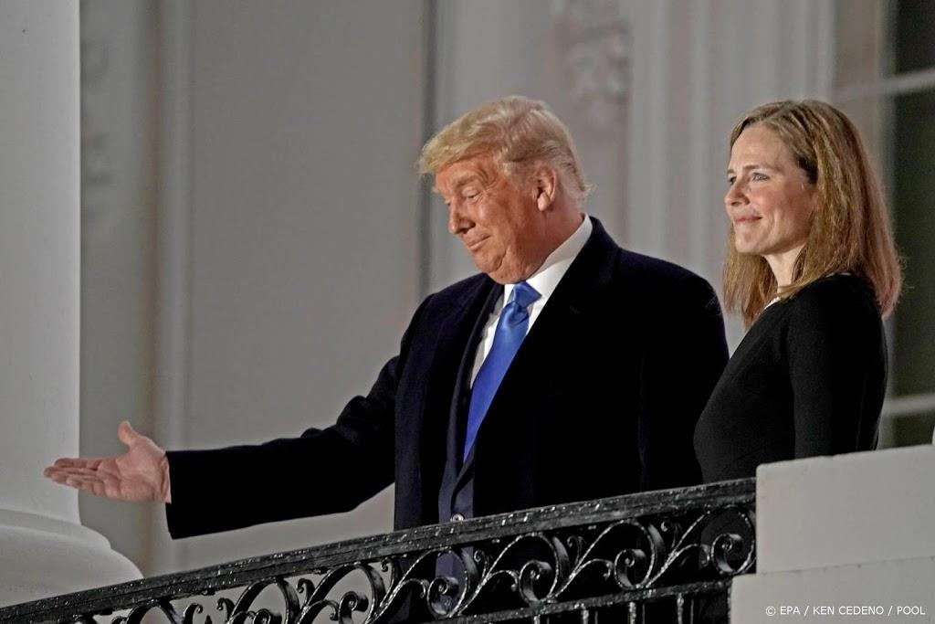 Trump schrijft geschiedenis met benoeming nieuwe opperrechter