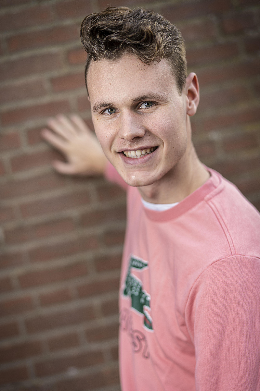 Jesper van Overloop: 'Ik ben een duelspeler en geniet ervan om een spits uit te schakelen'
