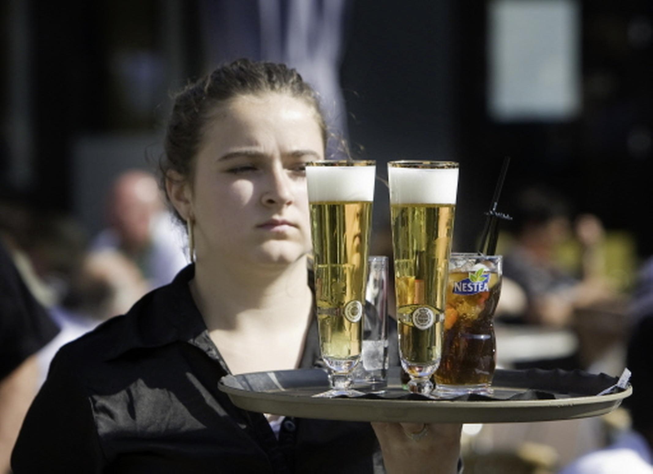 Nog geen grotere terrassen in Hilversum de komende drie jaar, gemeenteraad gaat eerst in debat