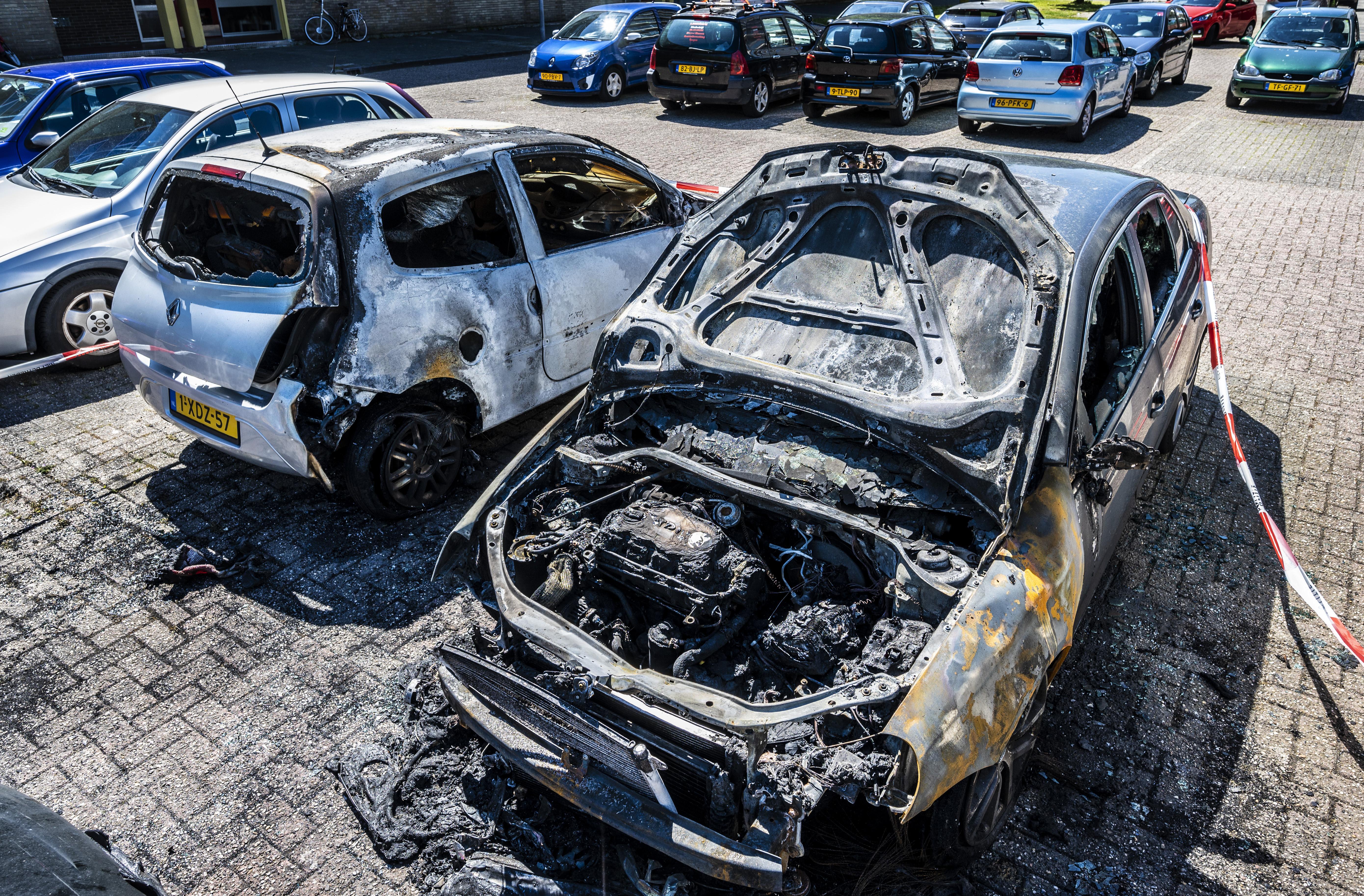 Verslagenheid na zoveelste autobrand in Haarlem: 'Mijn dochter werkt in de zorg en had haar Polo vandaag nodig'