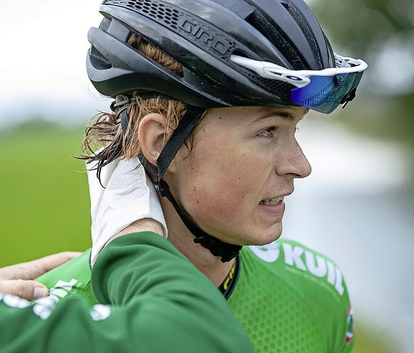 Geschorste Sjors Dekker mag dit jaar weer wielrennen: coureur treft schikking met de Dopingautoriteit