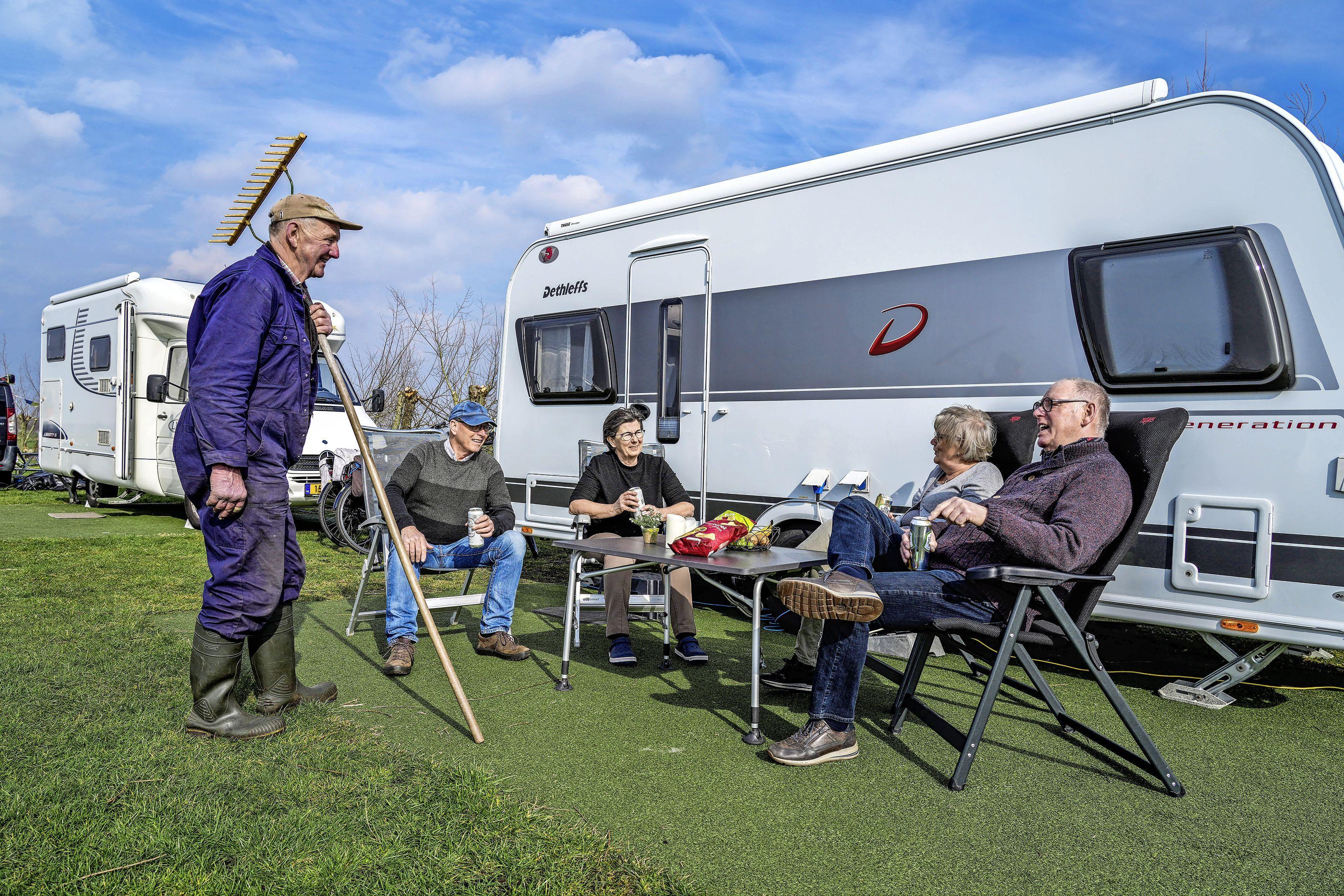 'Je wil er toch even tussenuit'; Hotelgasten boeken op allerlaatste moment; run op campings voor paasweekend en meivakantie