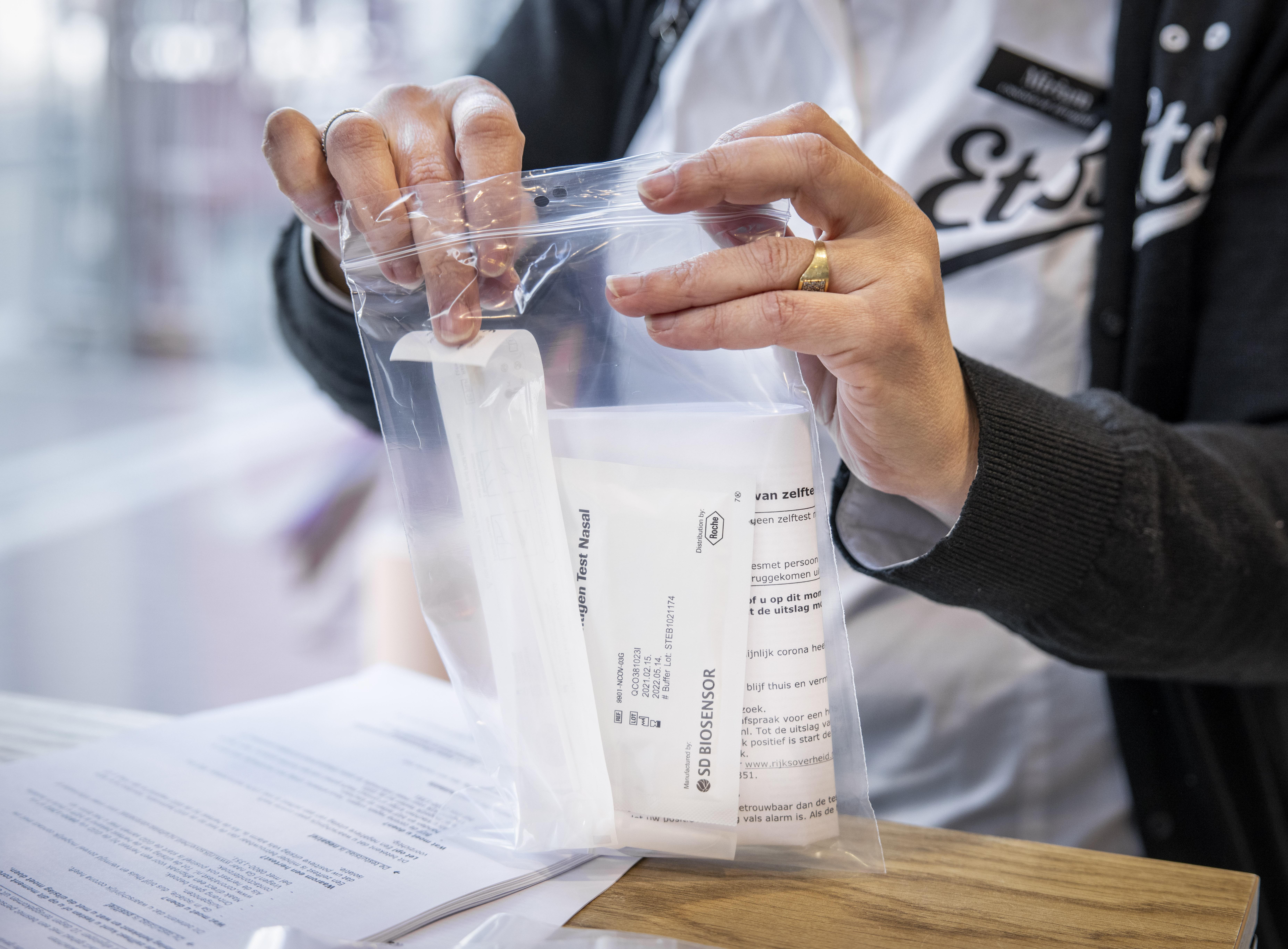 Zijn sneltesten verplicht voor leerkrachten? En vijf andere vragen (en antwoorden)