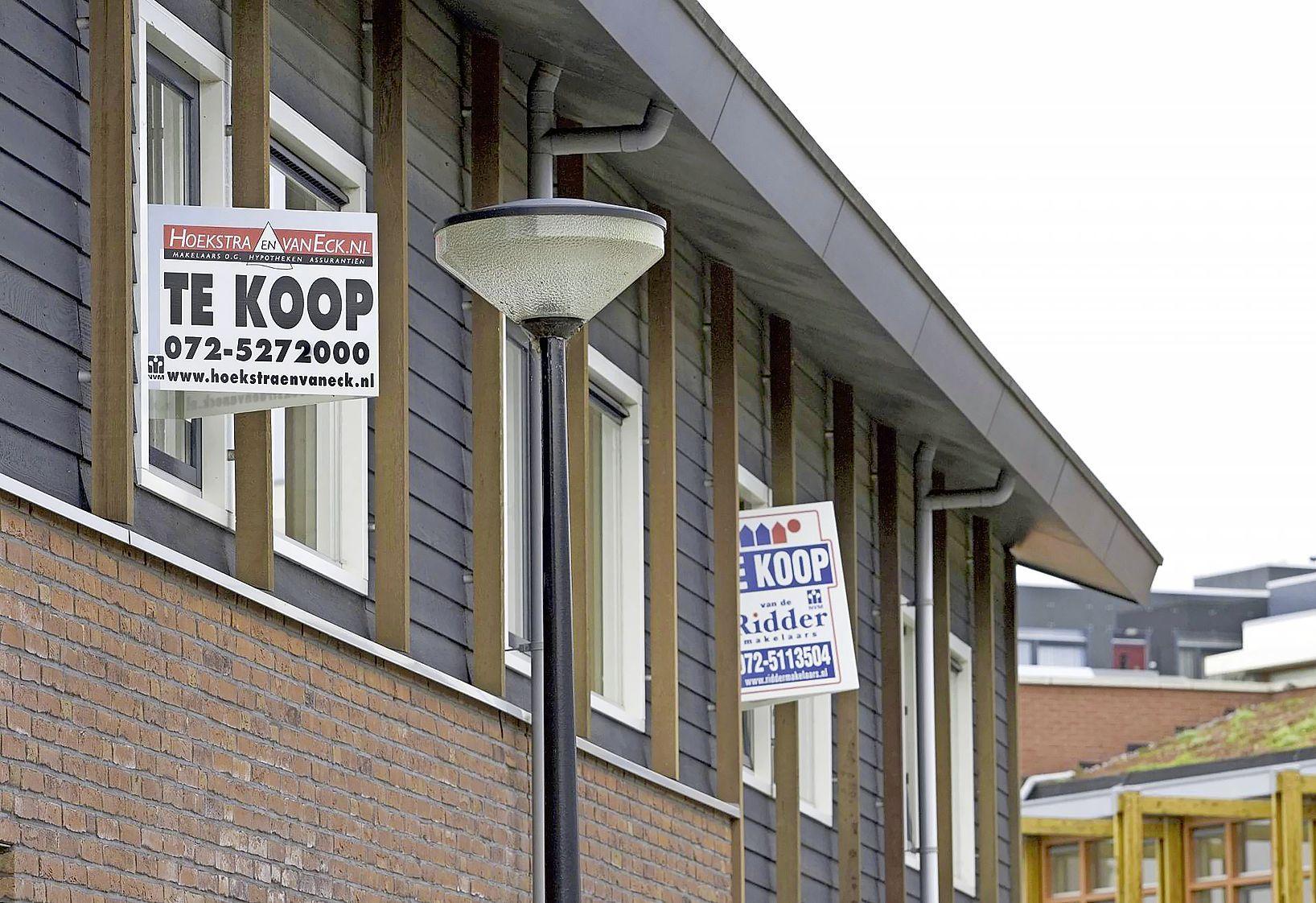 De schaarste op de woningmarkt dreigt uit de hand te lopen, zegt de makelaar