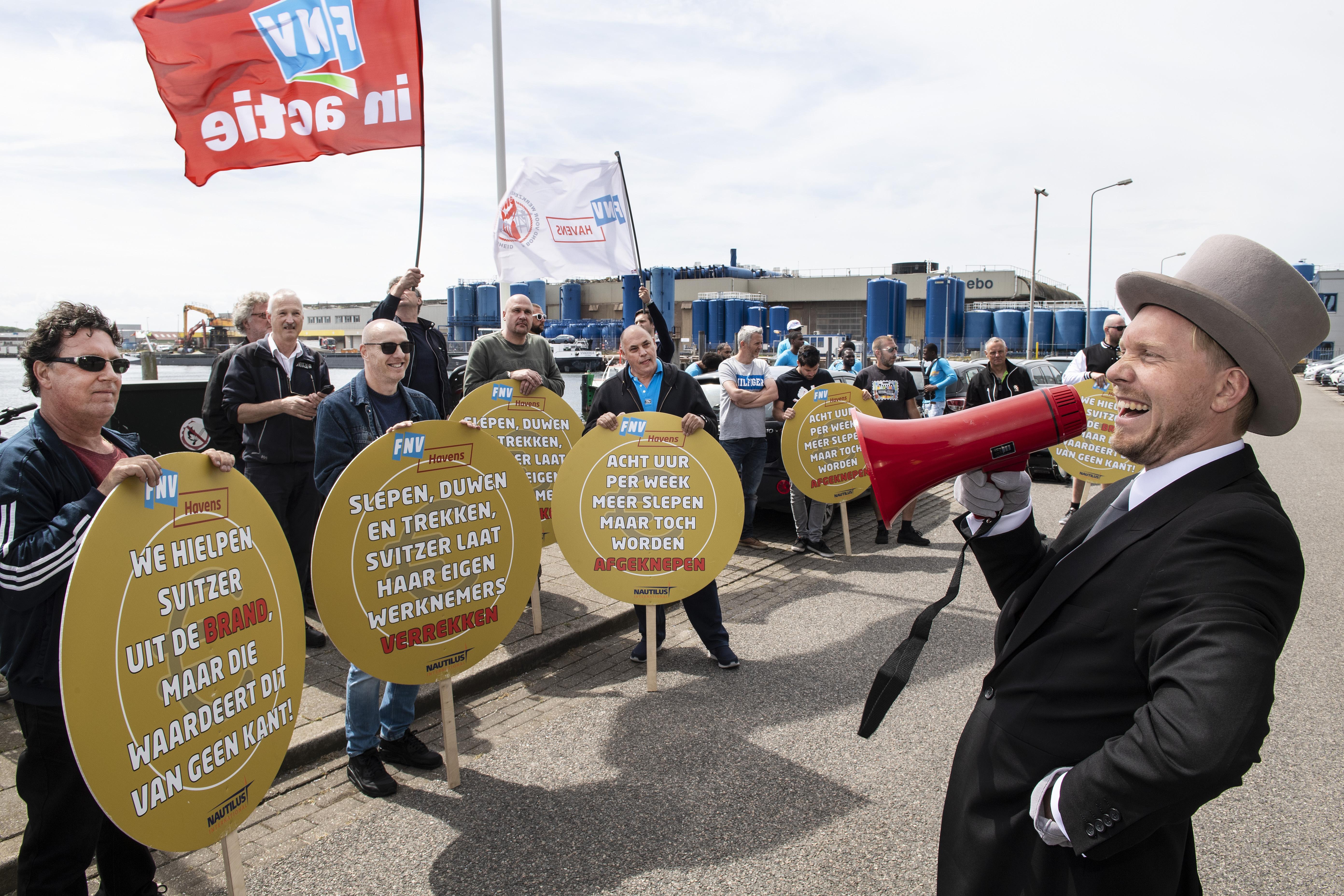 Vakbonden en directie van het IJmuidense Svitzer zijn eruit: tien procent meer loon voor de 63 werknemers