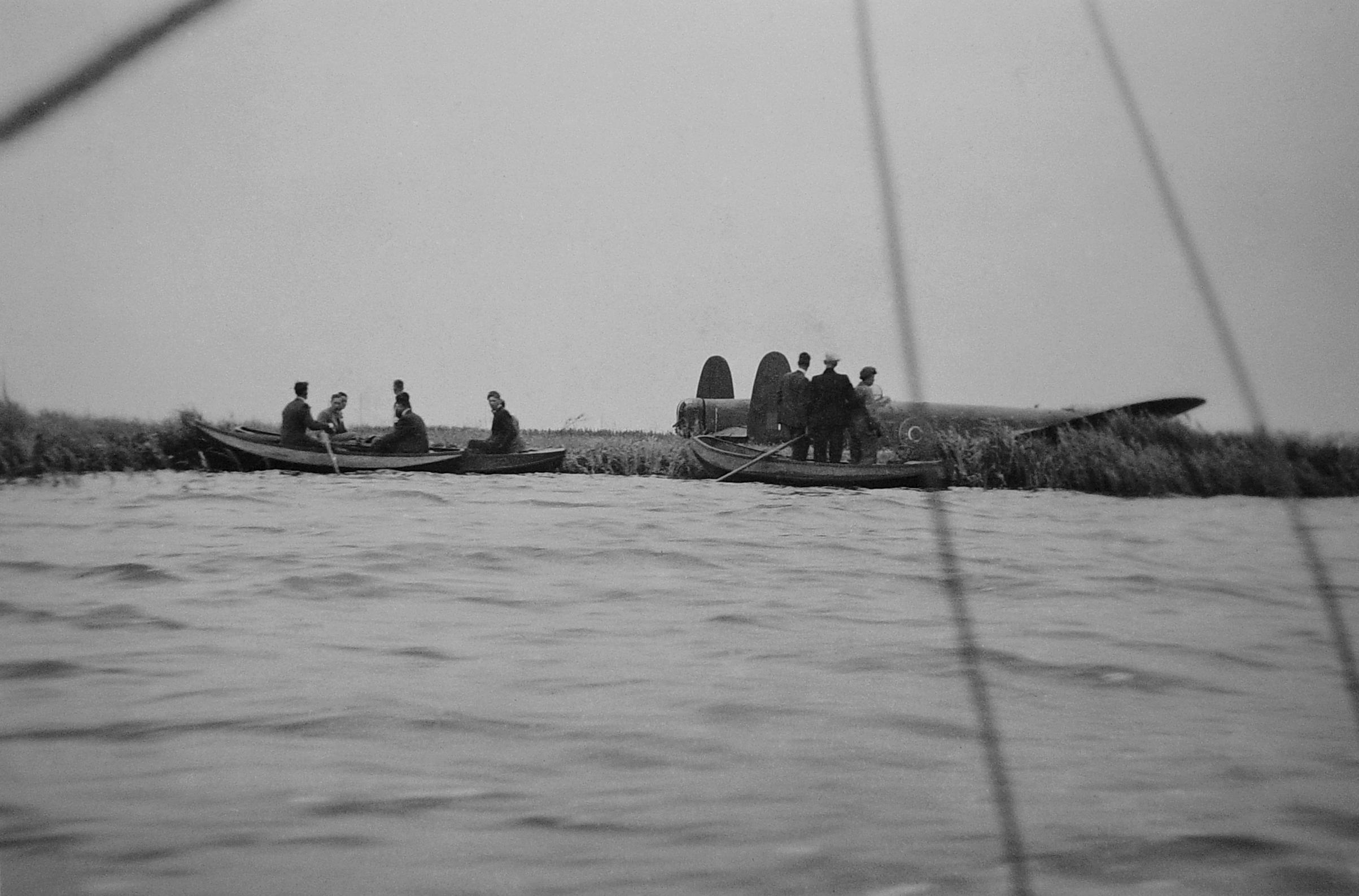 De miraculeuze noodlanding van een bommenwerper op een eiland in de Kager Plassen