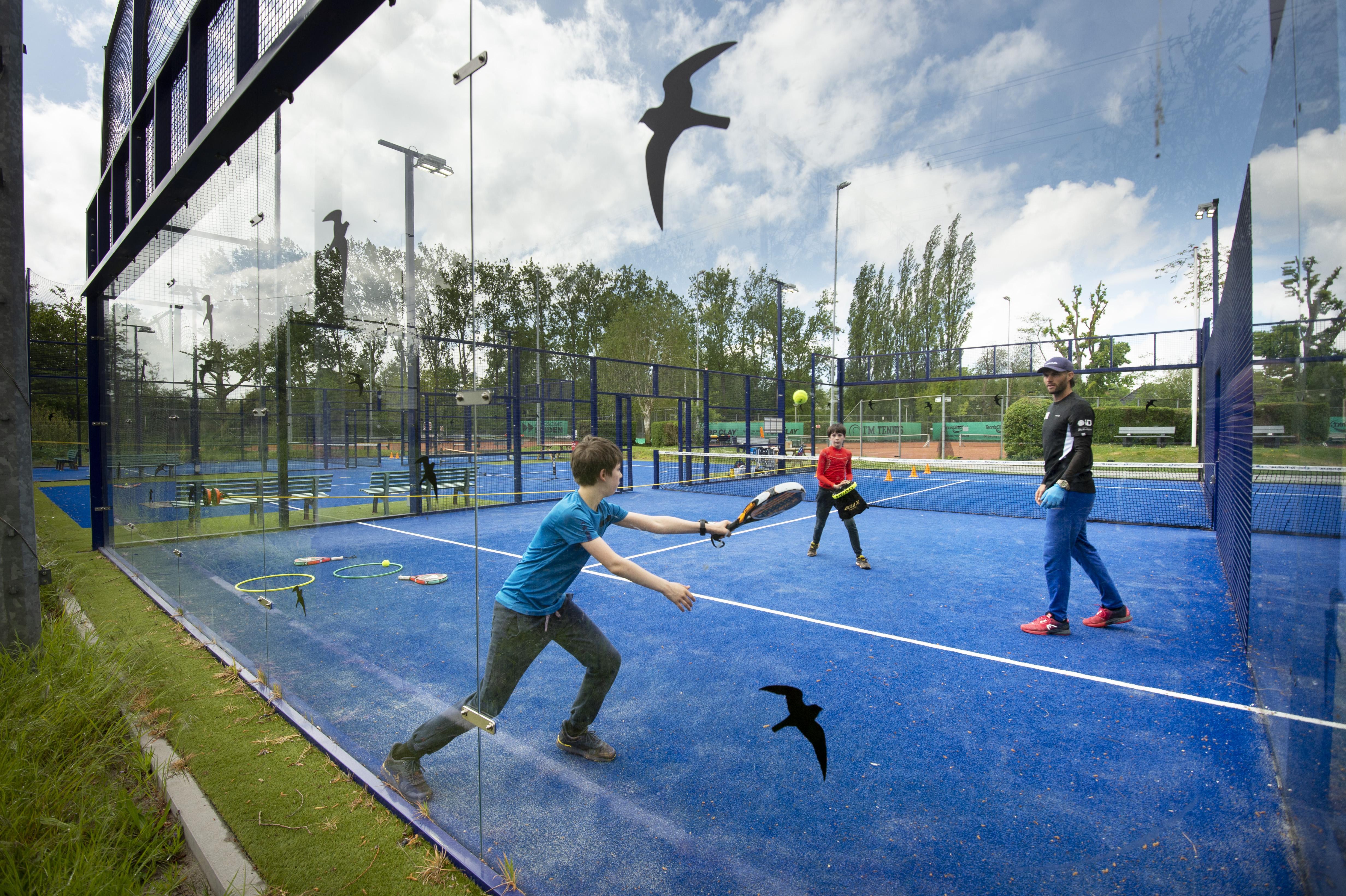Nederlandse top naar padeltoernooi bij Leidse tennisvereniging Unicum: 'We zijn erg blij dat het door kan gaan'