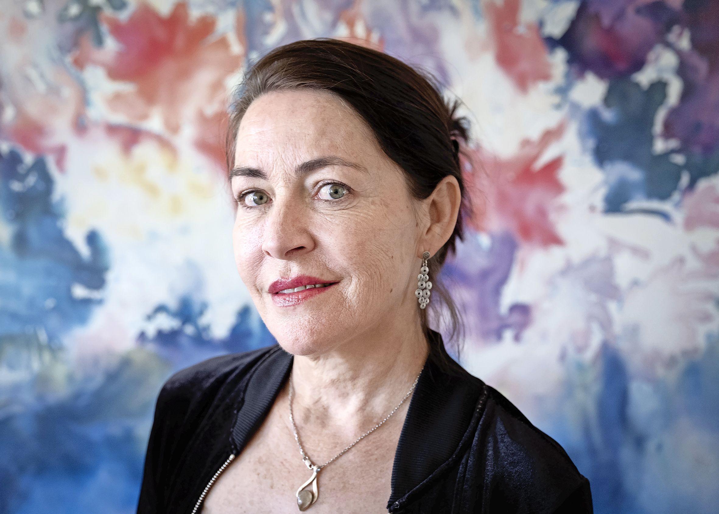 'Nooit had ik kunnen bedenken dat mijn verhaal werkelijkheid zou worden'; Suzanna Esther schrijft vervolg op thriller over mysterieuze ziekte
