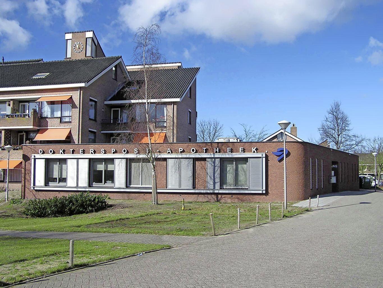 Apotheek De Nachtwacht LUMC sluit per 1 april buiten kantooruren; patiënten moeten voor medicijnen naar apotheek in Voorhout, Leiderdorp of Alphen