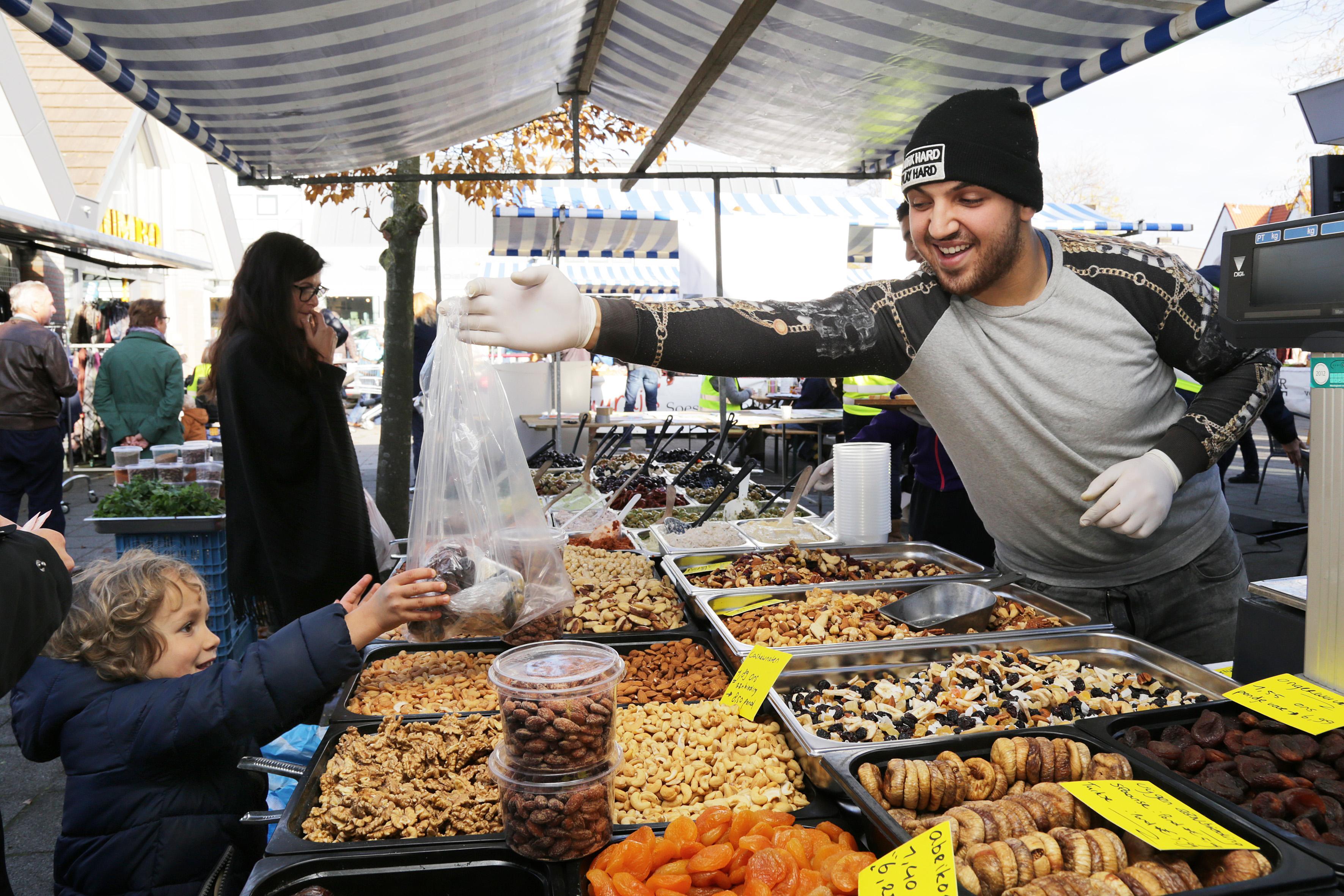 Markten in Eemland ingaande woensdag beperkt: alleen nog etenswaren