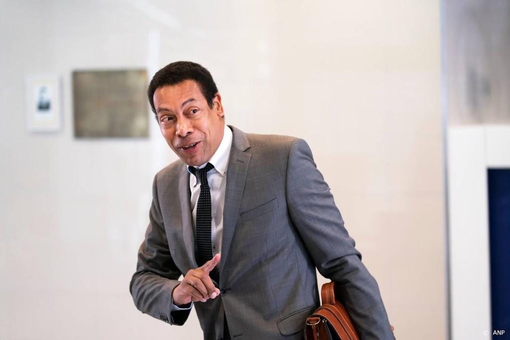 Burgemeester sluit notariskantoor Almere om criminele banden