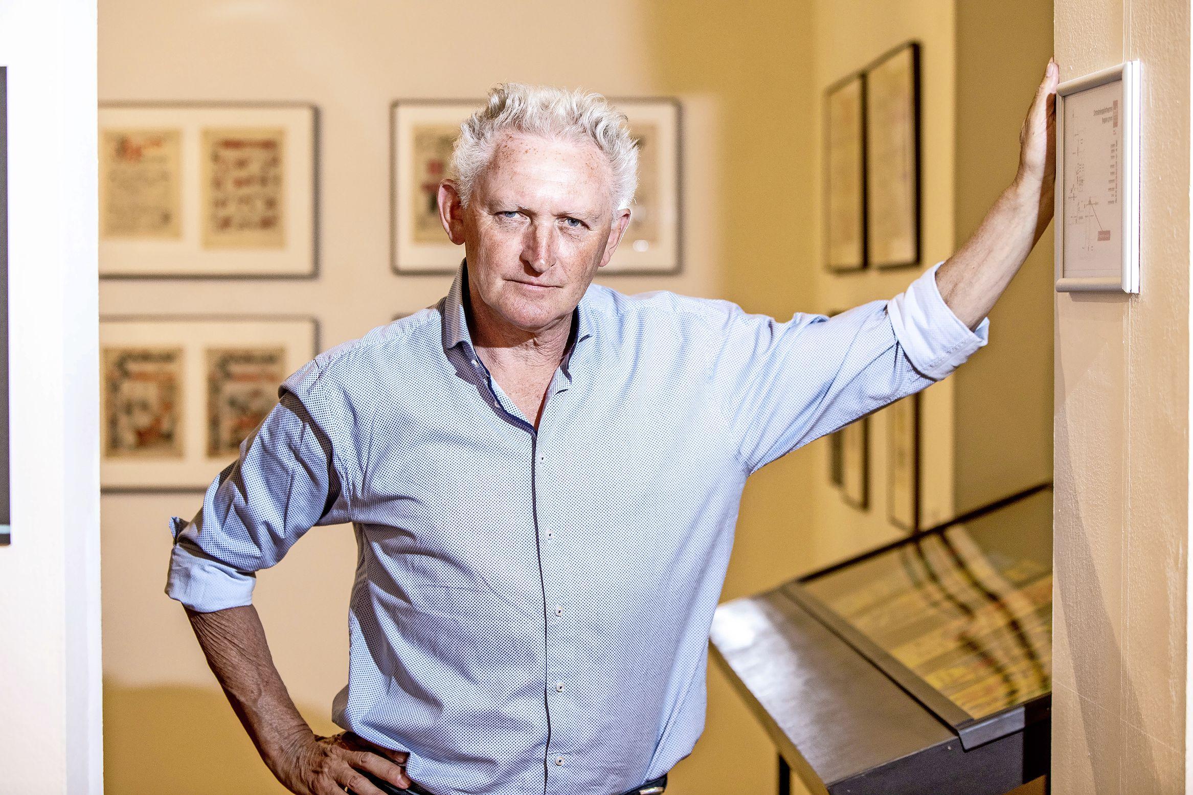 Puntige reisverhalen vol literatuur en zelfspot van Joost Pollmann. 'Schoonheid vind je vaak op de minst voor de hand liggende plekken'