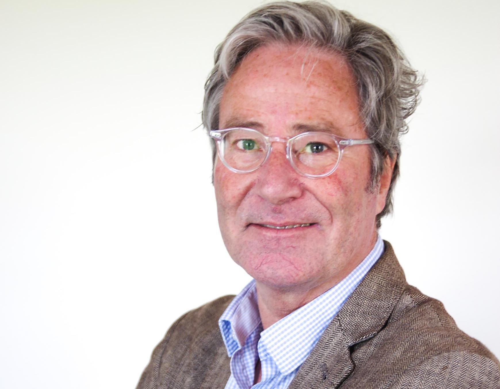 Recreatie Midden-Nederland (RMN) bezint zich op organisatiestructuur; Paul Kotvis stopt als directeur.